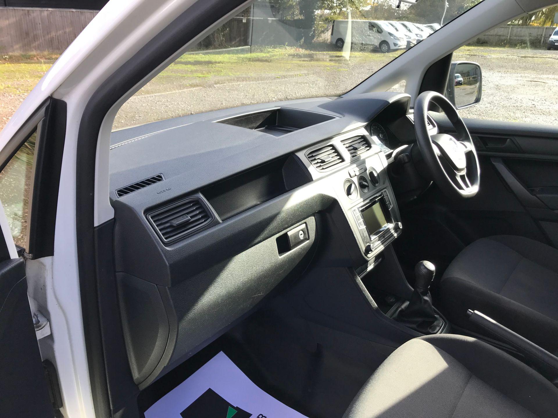 2017 Volkswagen Caddy 2.0 Tdi Bluemotion Tech 102Ps Startline Van (GM66FWU) Image 15