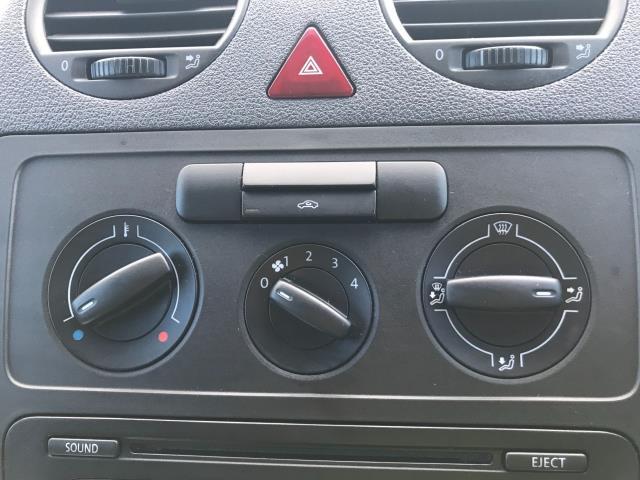 2017 Volkswagen Caddy Maxi 1.6 Tdi 102Ps Startline Van (GM66SJX) Image 31