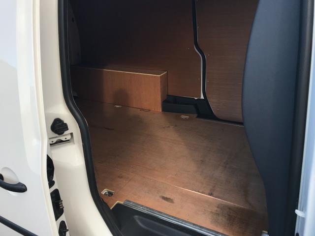 2017 Volkswagen Caddy Maxi 1.6 Tdi 102Ps Startline Van (GM66SJX) Image 14