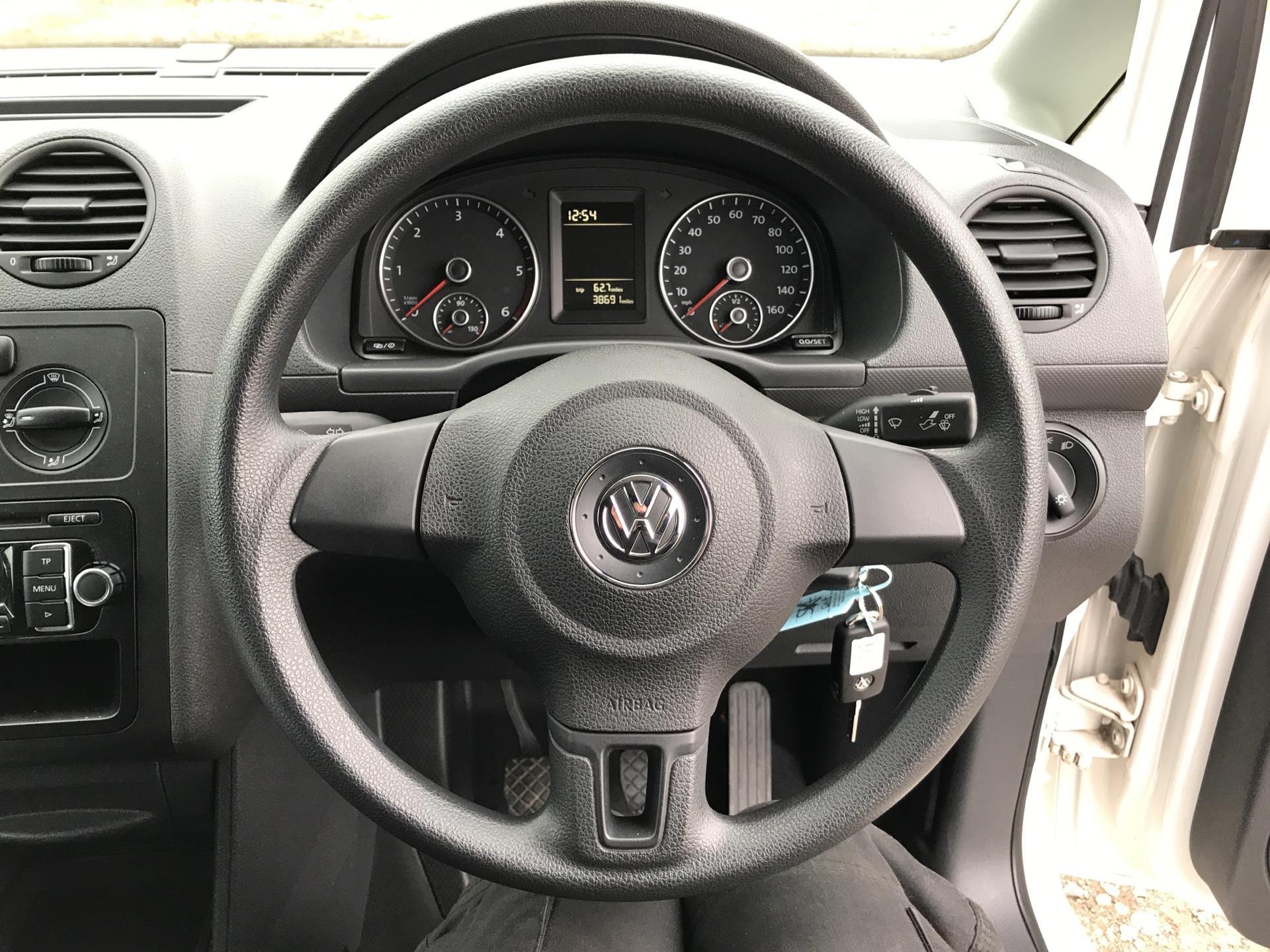 2017 Volkswagen Caddy Maxi  2.0 102PS BLUEMOTION TECH 102 STARTLINE EURO 6 (GM66SKF) Image 12