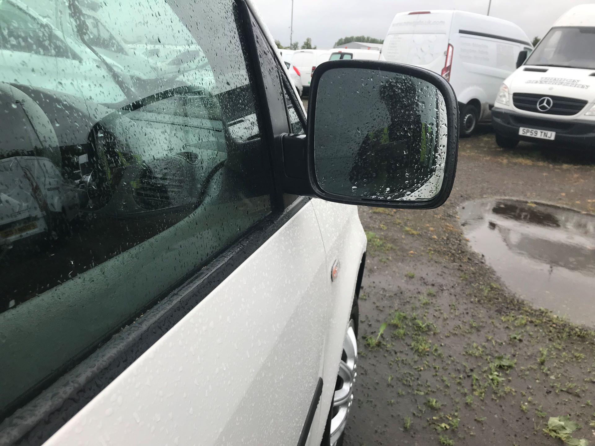 2017 Volkswagen Caddy Maxi 1.6 Tdi 102Ps Startline Van (GM66SKK) Image 10