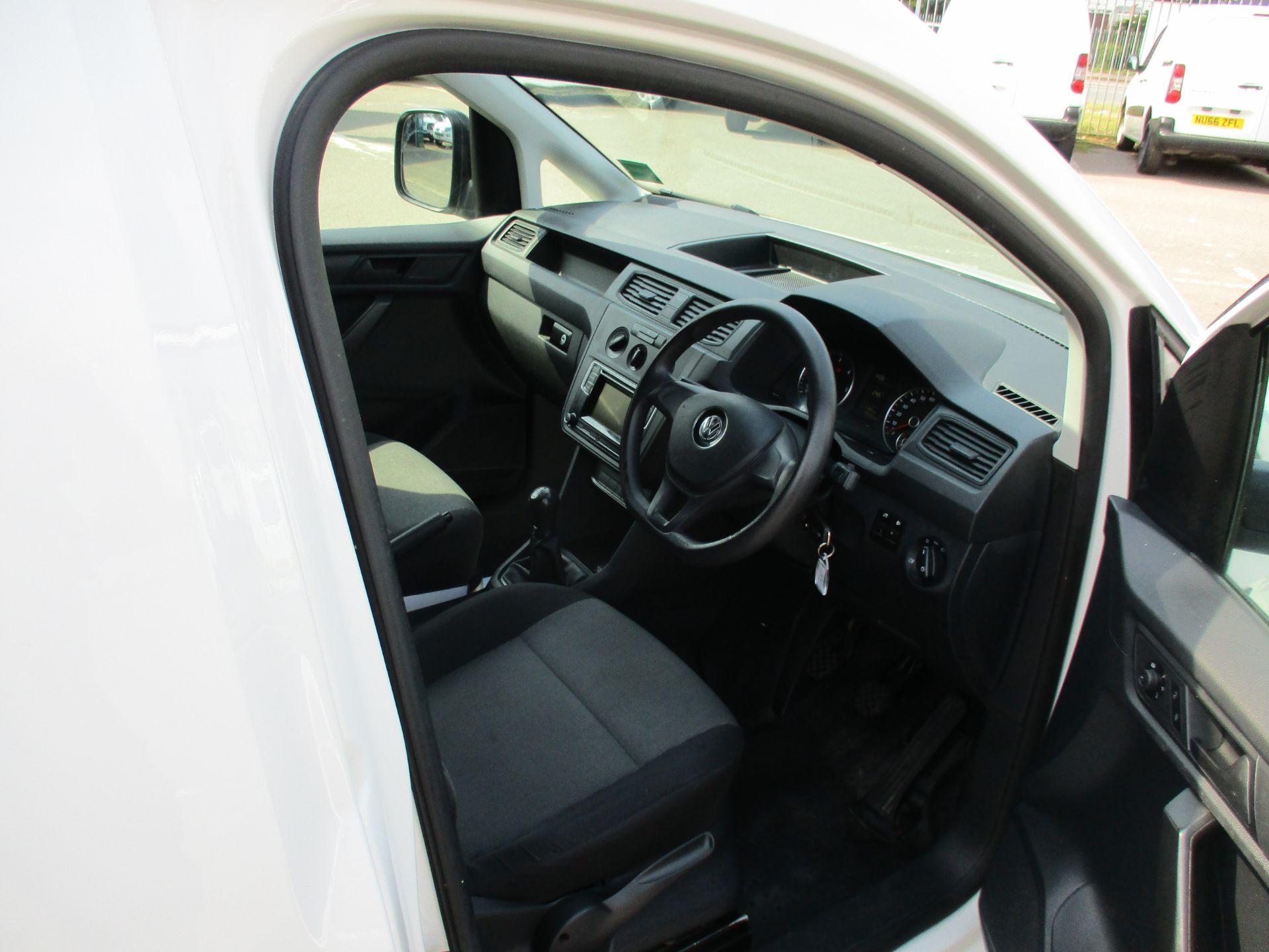2017 Volkswagen Caddy 2.0 Tdi Bluemotion Tech 102Ps Startline Van (GM66XGG) Image 11
