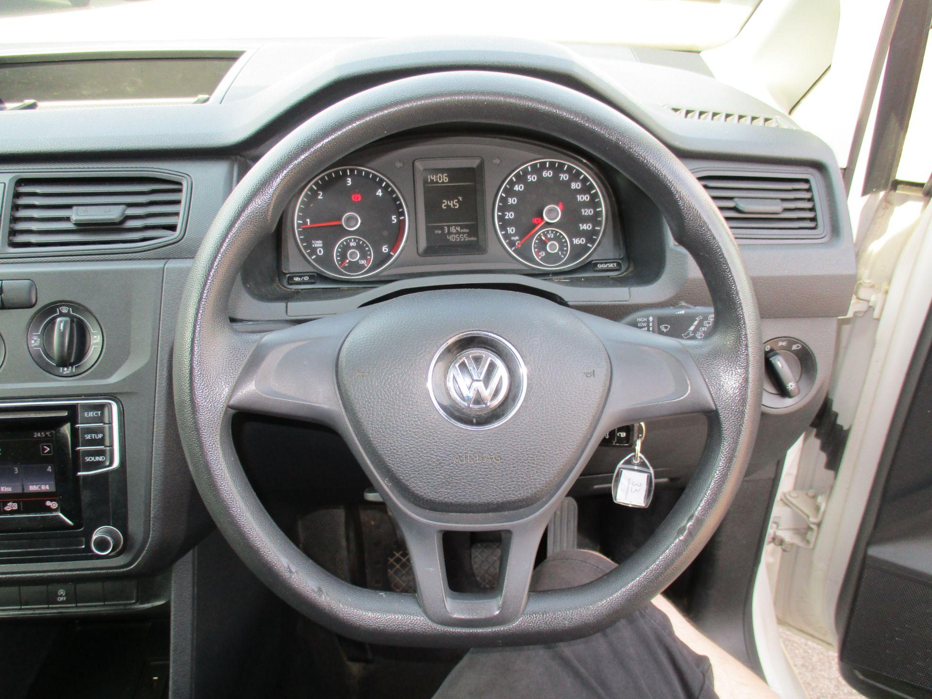 2017 Volkswagen Caddy 2.0 Tdi Bluemotion Tech 102Ps Startline Van (GM66XGG) Image 13