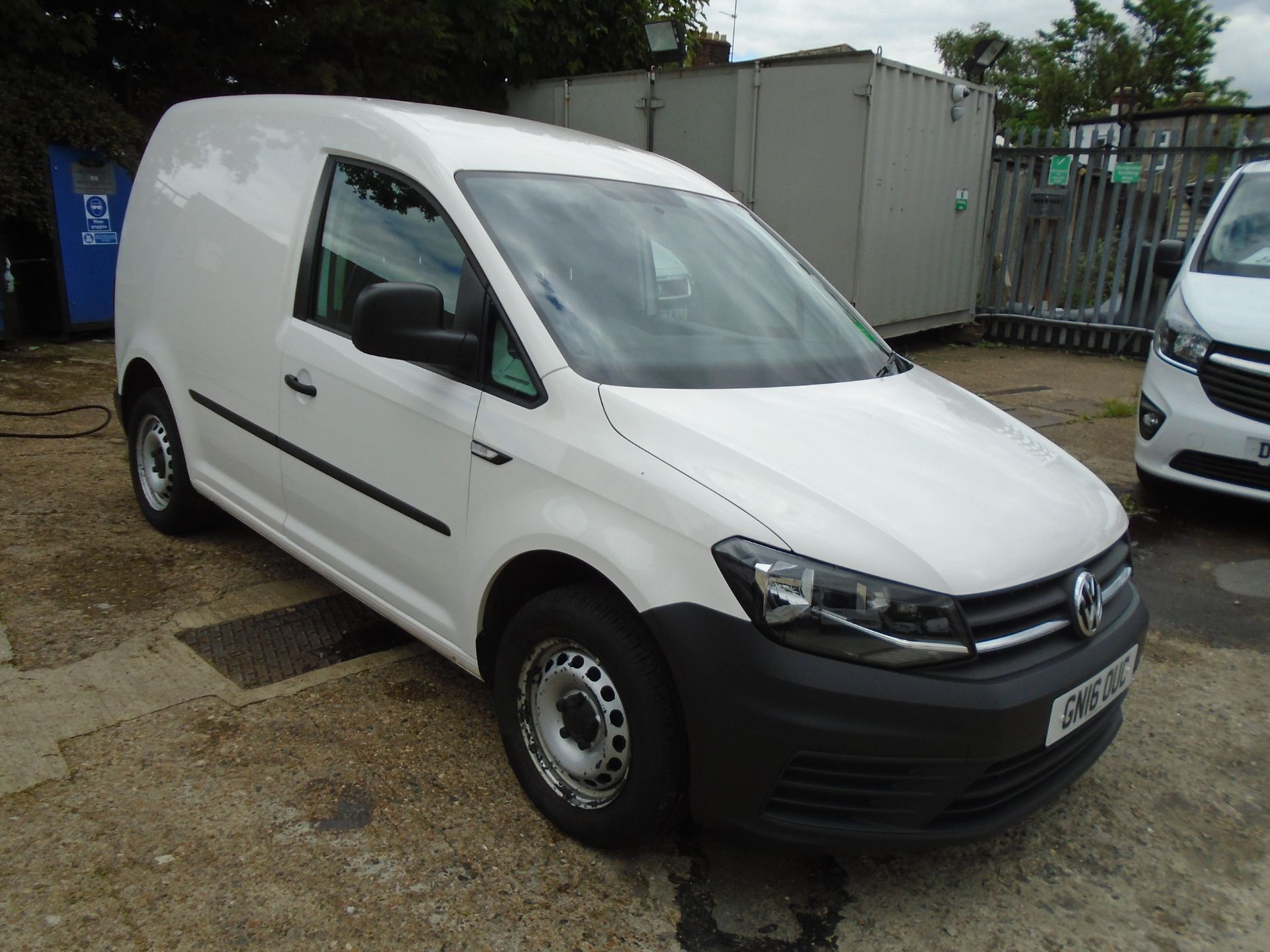 2016 Volkswagen Caddy 2.0 Tdi Bluemotion Tech 102Ps Startline Van (GN16OUC)