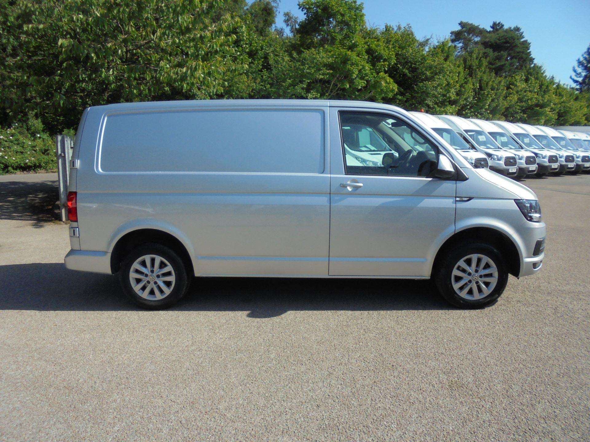 2019 Volkswagen Transporter 2.0 Tdi Bmt 150 Highline Van (GP19KLX) Image 4