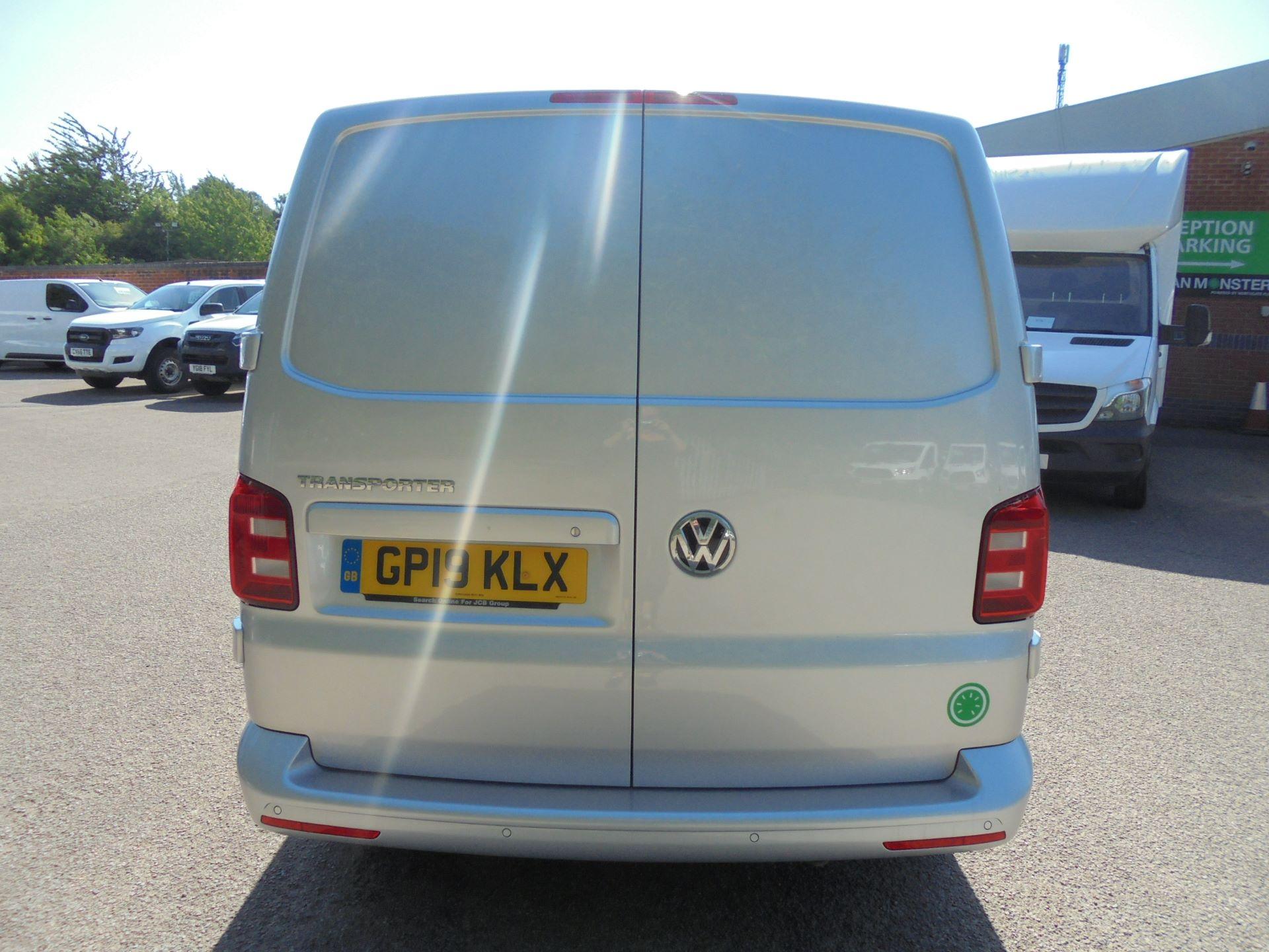 2019 Volkswagen Transporter 2.0 Tdi Bmt 150 Highline Van (GP19KLX) Image 10
