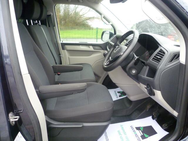 2018 Volkswagen Transporter  T28 SWB DIESEL 2.0 TDI BMT 150 HIGHLINE VAN EURO 6 (GU18FMK) Image 18
