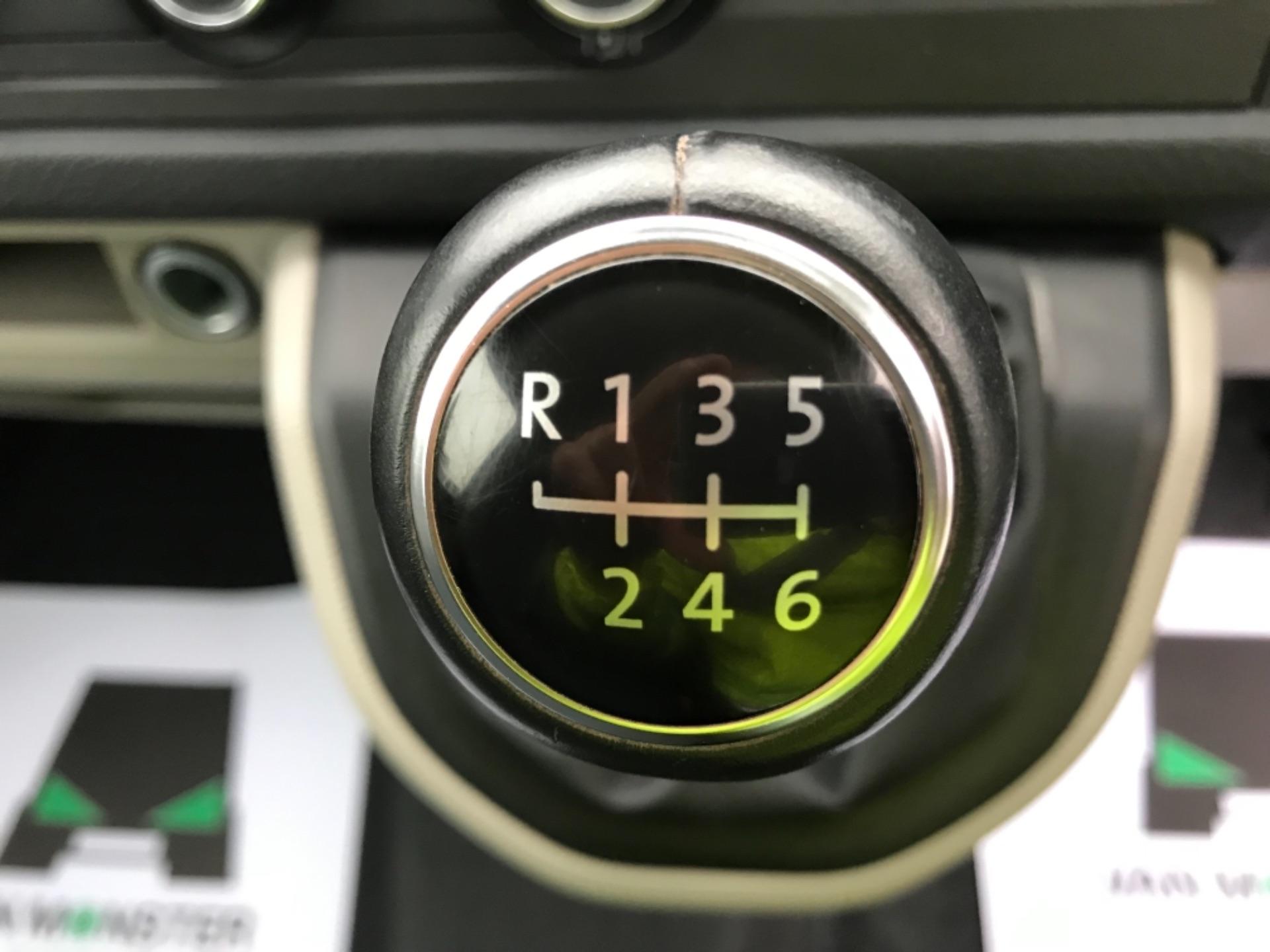 2018 Volkswagen Transporter 2.0 Tdi Bmt 150 Highline Van (GU68WCJ) Image 14