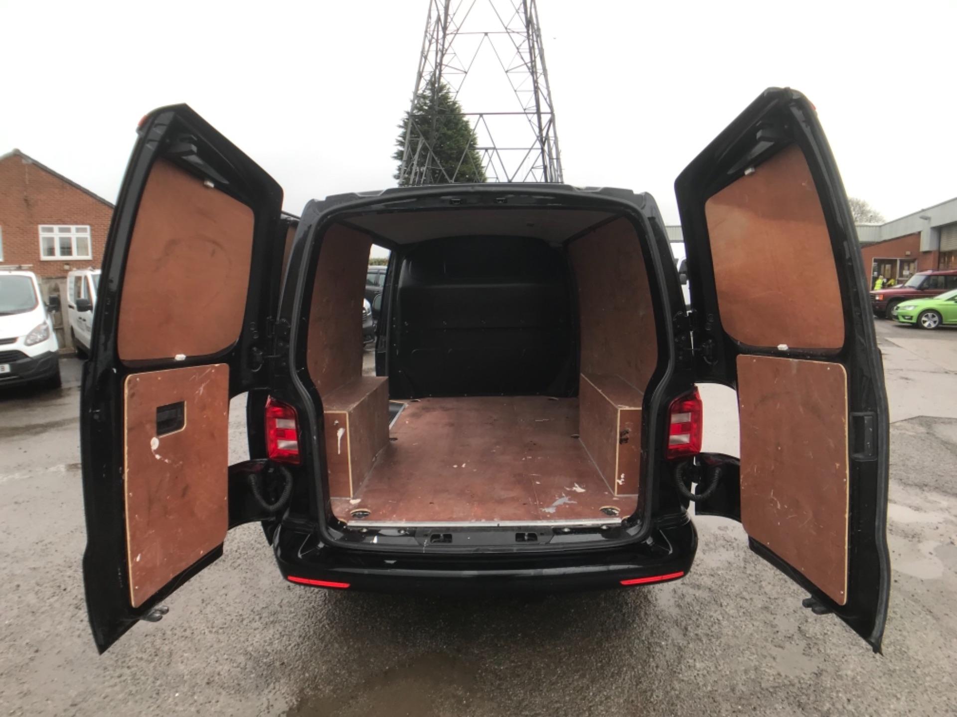 2018 Volkswagen Transporter 2.0 Tdi Bmt 150 Highline Van (GU68WCJ) Image 8