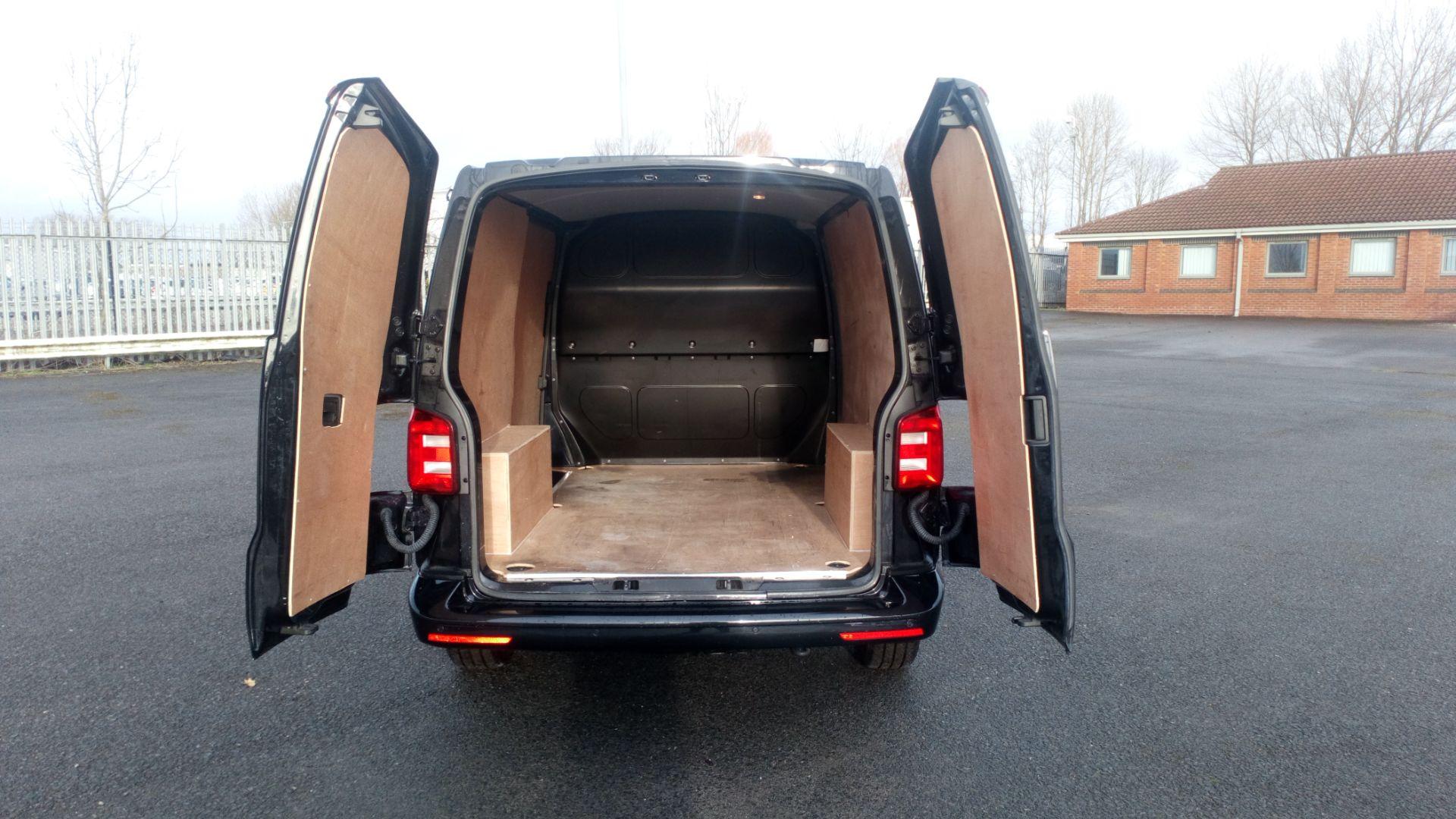 2019 Volkswagen Transporter 2.0 Tdi Bmt 150 Highline Van (GU69BFP) Image 10