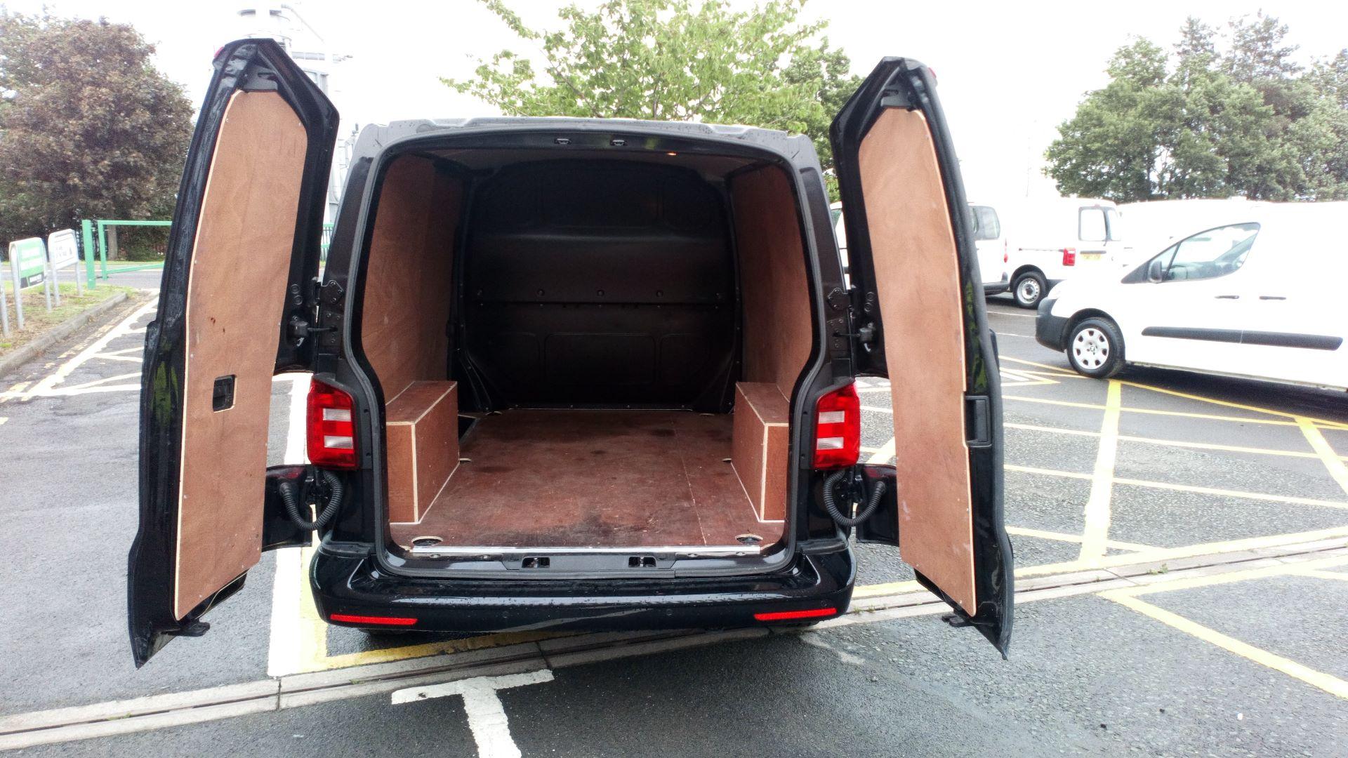 2019 Volkswagen Transporter 2.0 Tdi Bmt 150 Highline Van (GX19ZXT) Image 10