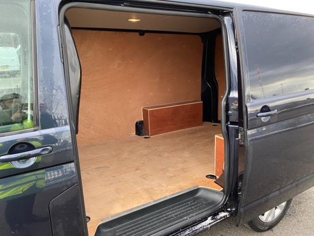 2019 Volkswagen Transporter 2.0 Tdi Bmt 150 Highline Van (GX69ZSK) Image 11