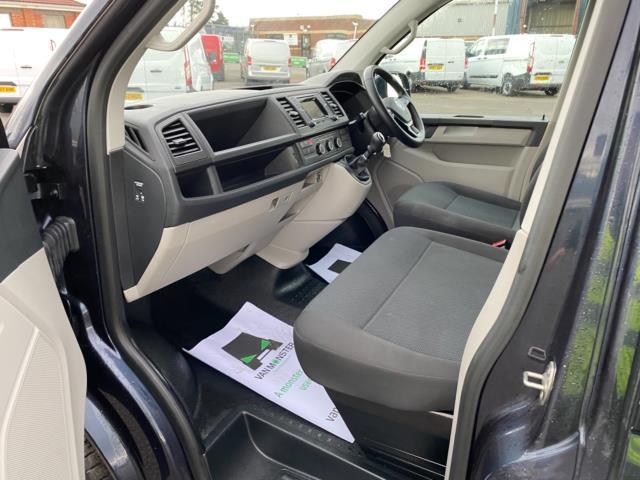 2019 Volkswagen Transporter 2.0 Tdi Bmt 150 Highline Van (GX69ZSK) Image 14