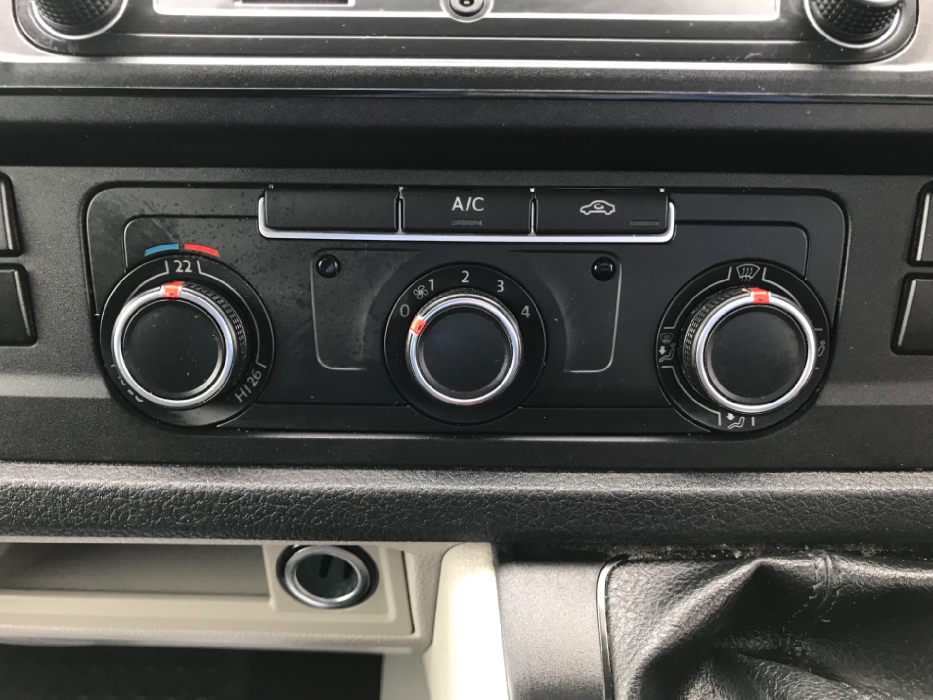 2019 Volkswagen Transporter 2.0 Tdi Bmt 150 Highline Van EURO 6 (GX69ZSN) Image 22
