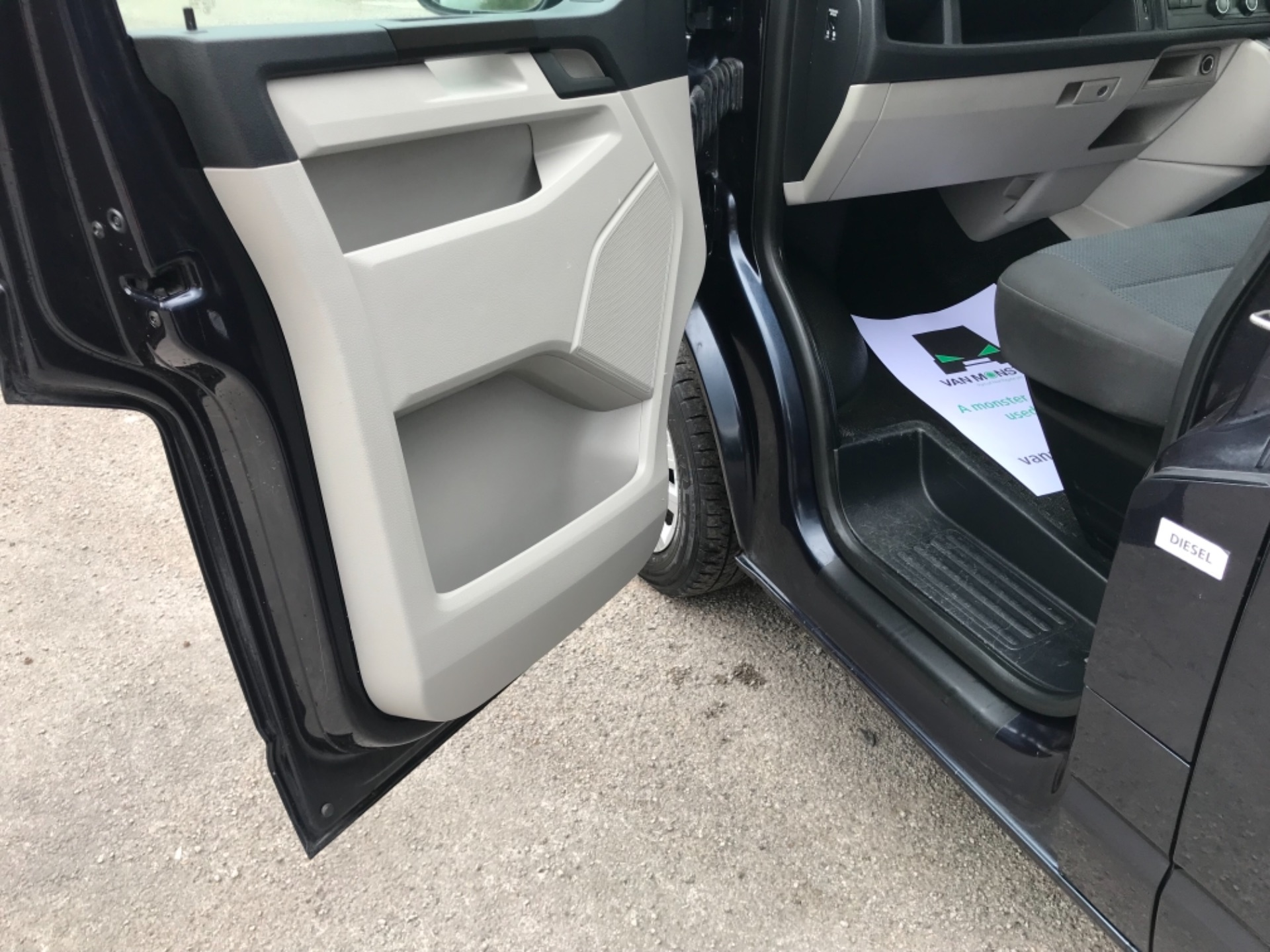 2019 Volkswagen Transporter 2.0 Tdi Bmt 150 Highline Van EURO 6 (GX69ZSN) Image 28