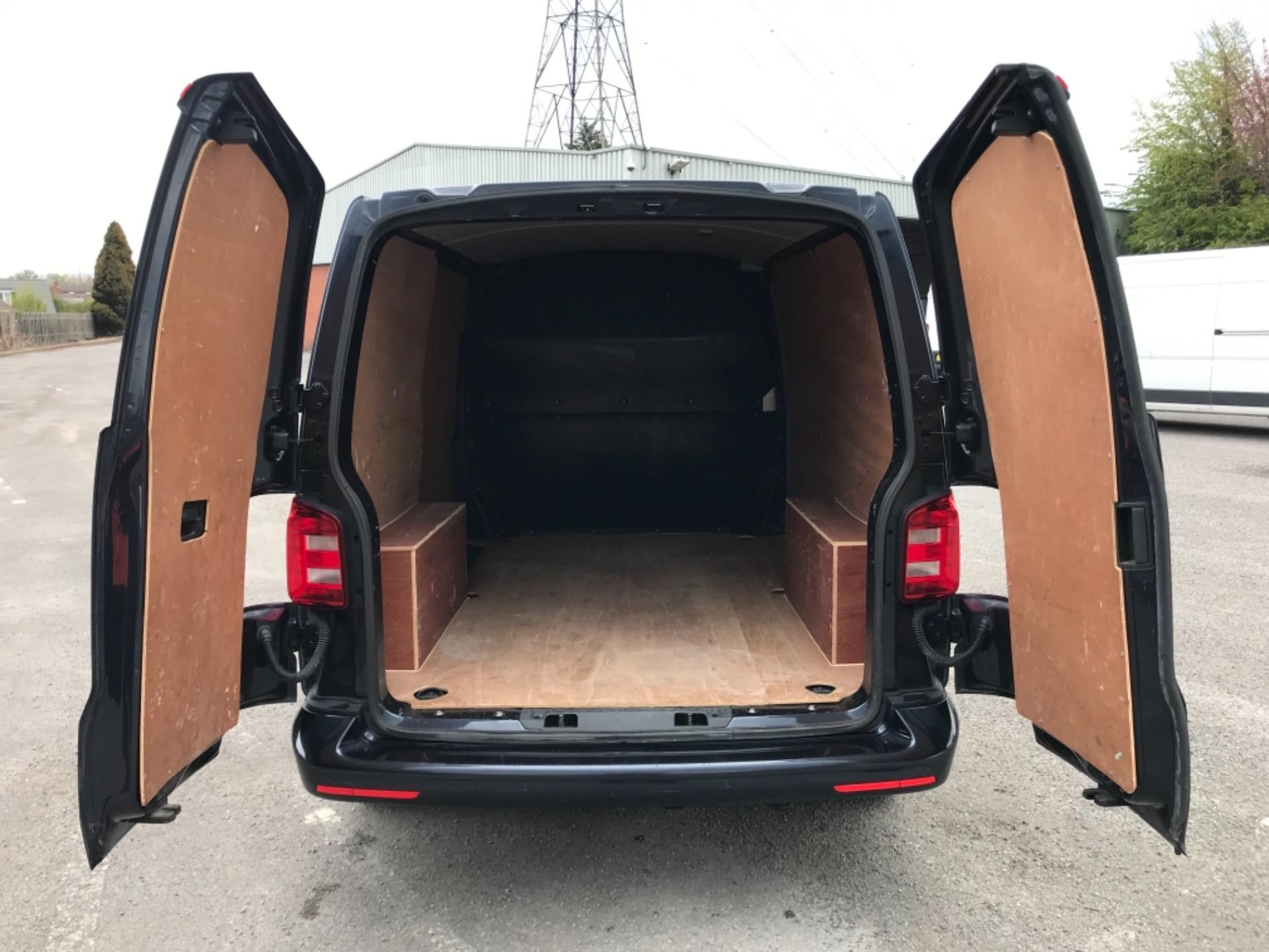 2019 Volkswagen Transporter 2.0 Tdi Bmt 150 Highline Van EURO 6 (GX69ZSN) Image 33