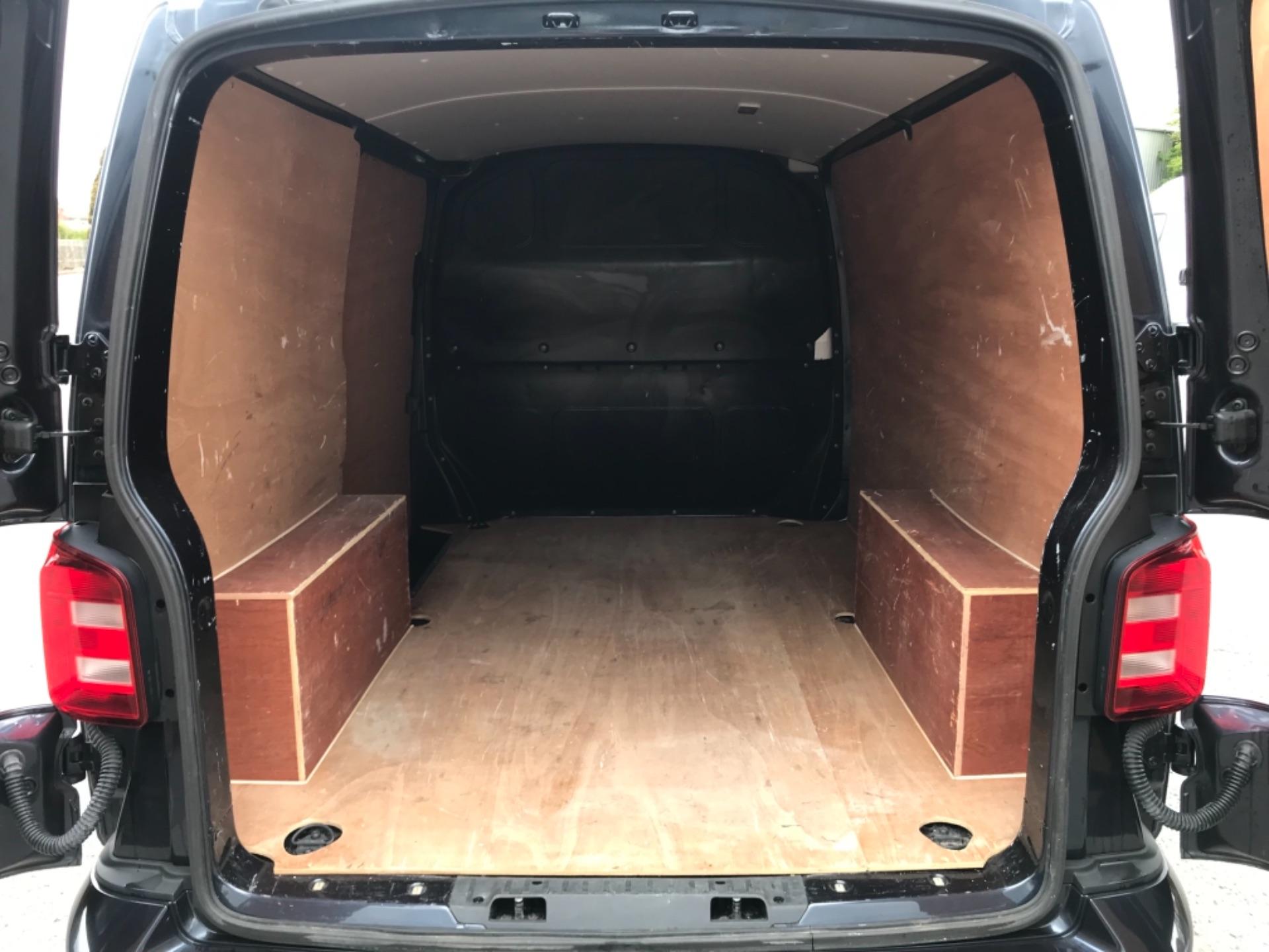 2019 Volkswagen Transporter 2.0 Tdi Bmt 150 Highline Van EURO 6 (GX69ZSN) Image 34
