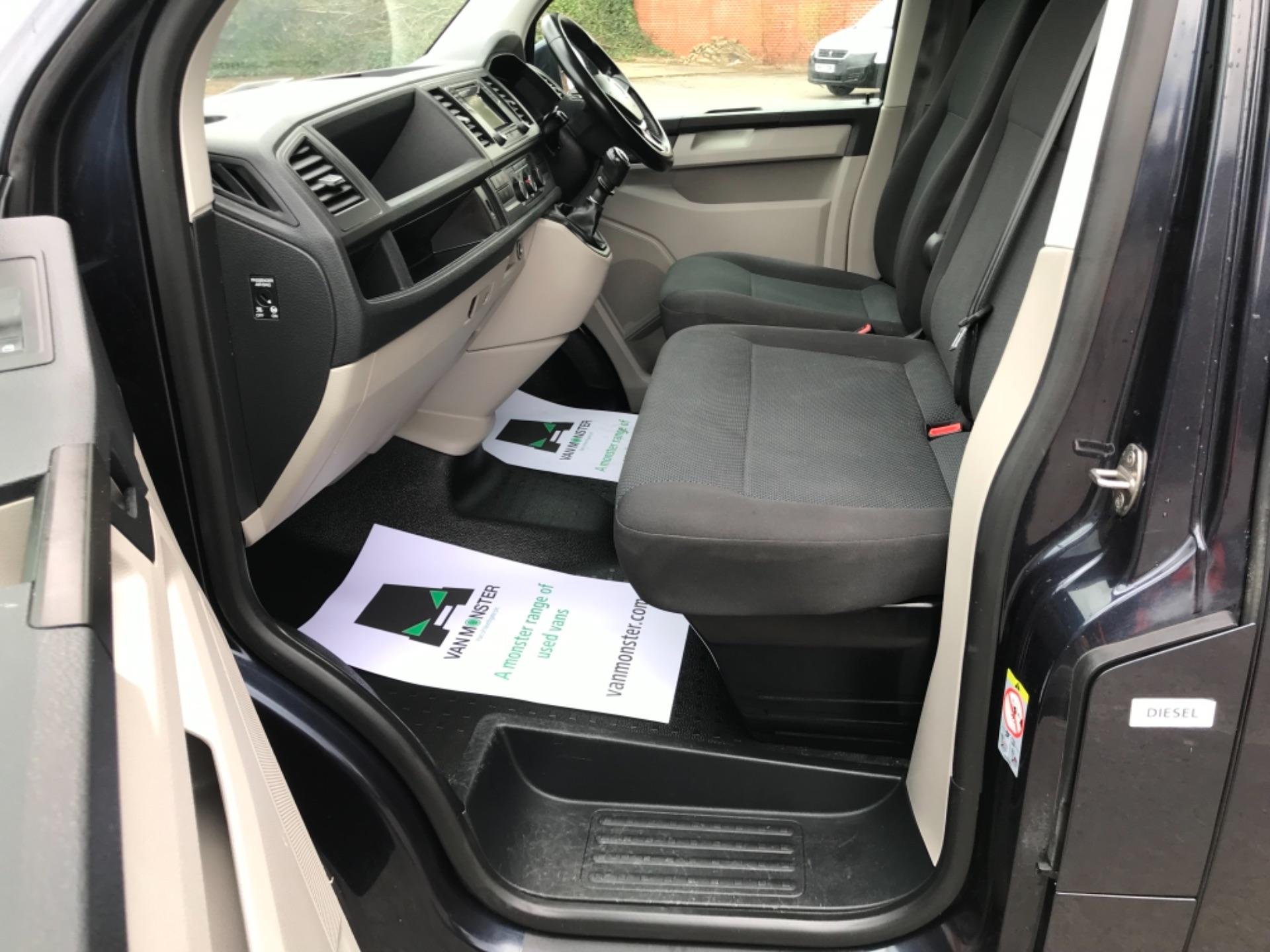 2019 Volkswagen Transporter 2.0 Tdi Bmt 150 Highline Van EURO 6 (GX69ZSN) Image 27