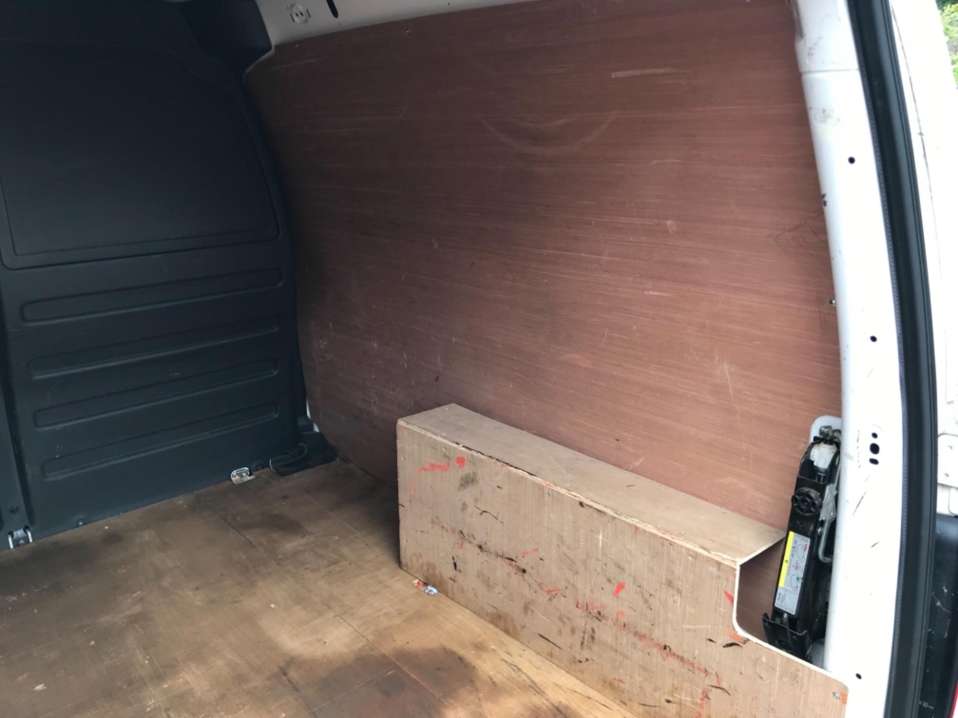 2016 Volkswagen Caddy 2.0 Tdi Bluemotion Tech 102Ps Startline Van (GJ66ESV) Image 36