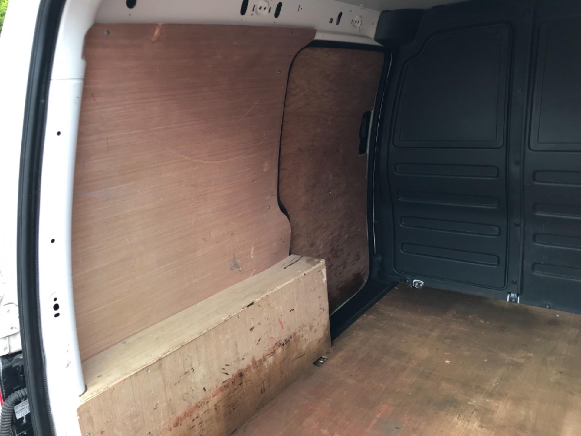 2016 Volkswagen Caddy 2.0 Tdi Bluemotion Tech 102Ps Startline Van (GJ66ESV) Image 35