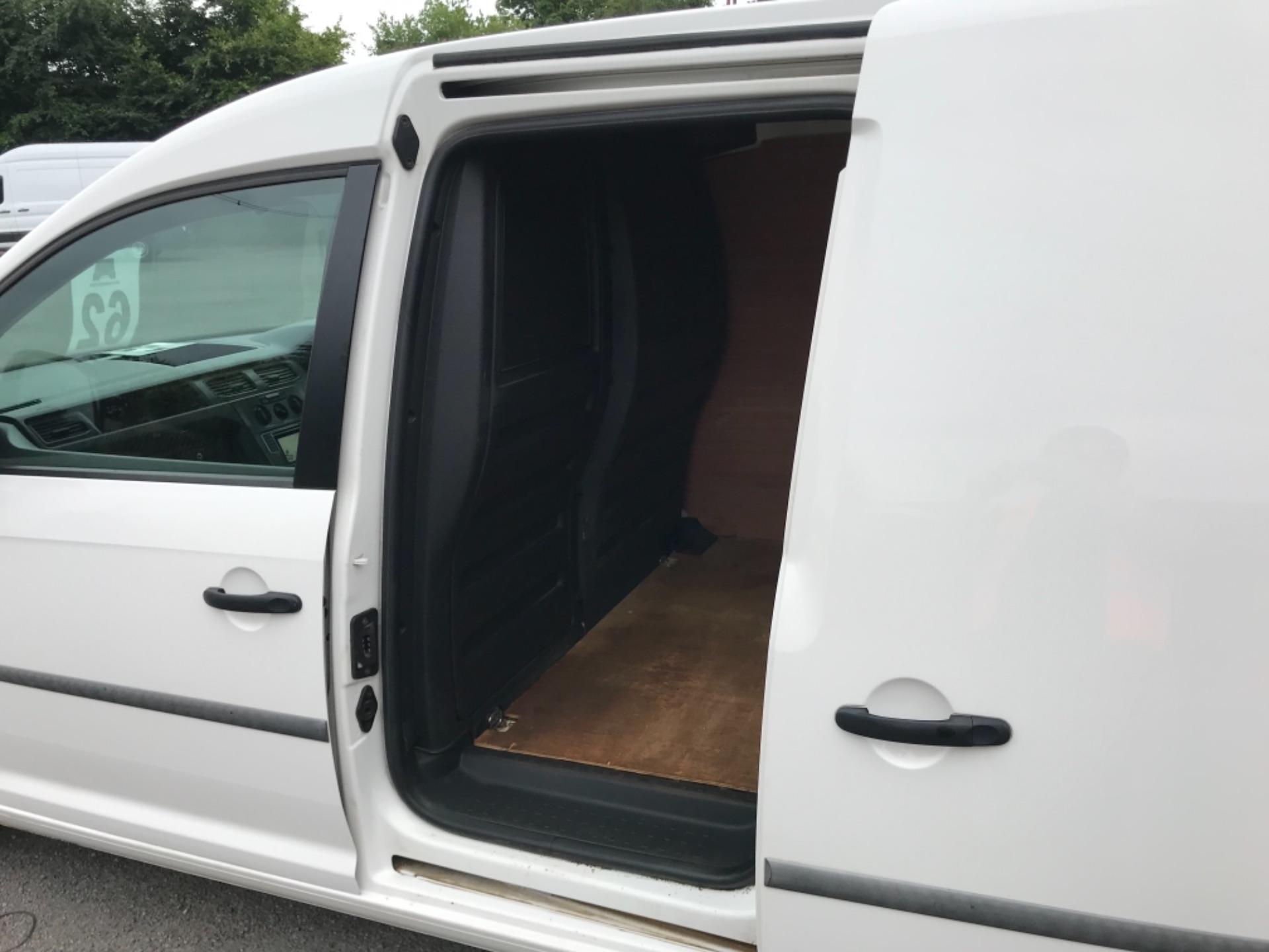 2016 Volkswagen Caddy 2.0 Tdi Bluemotion Tech 102Ps Startline Van (GJ66ESV) Image 29