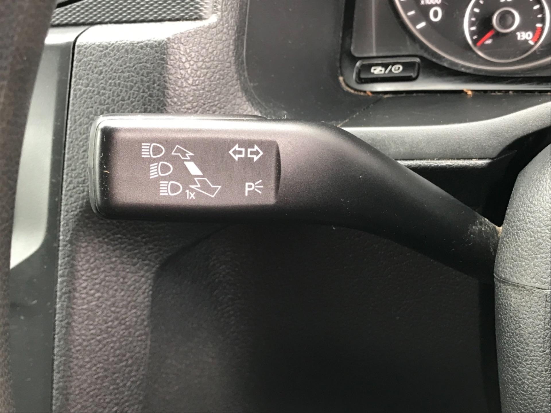 2016 Volkswagen Caddy 2.0 Tdi Bluemotion Tech 102Ps Startline Van (GJ66ESV) Image 15