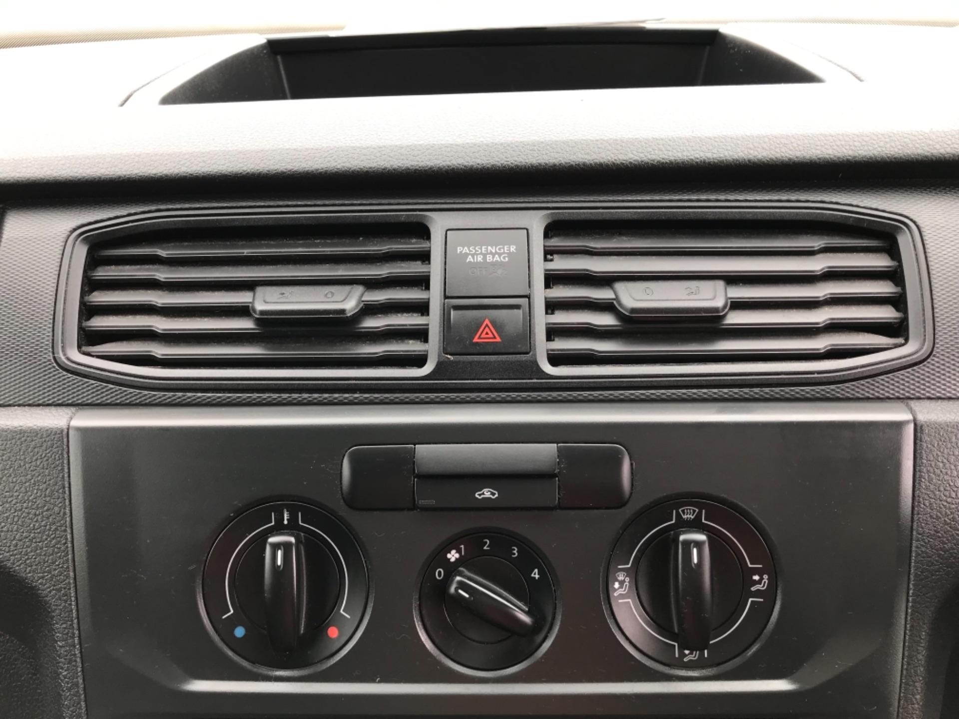 2016 Volkswagen Caddy 2.0 Tdi Bluemotion Tech 102Ps Startline Van (GJ66ESV) Image 20