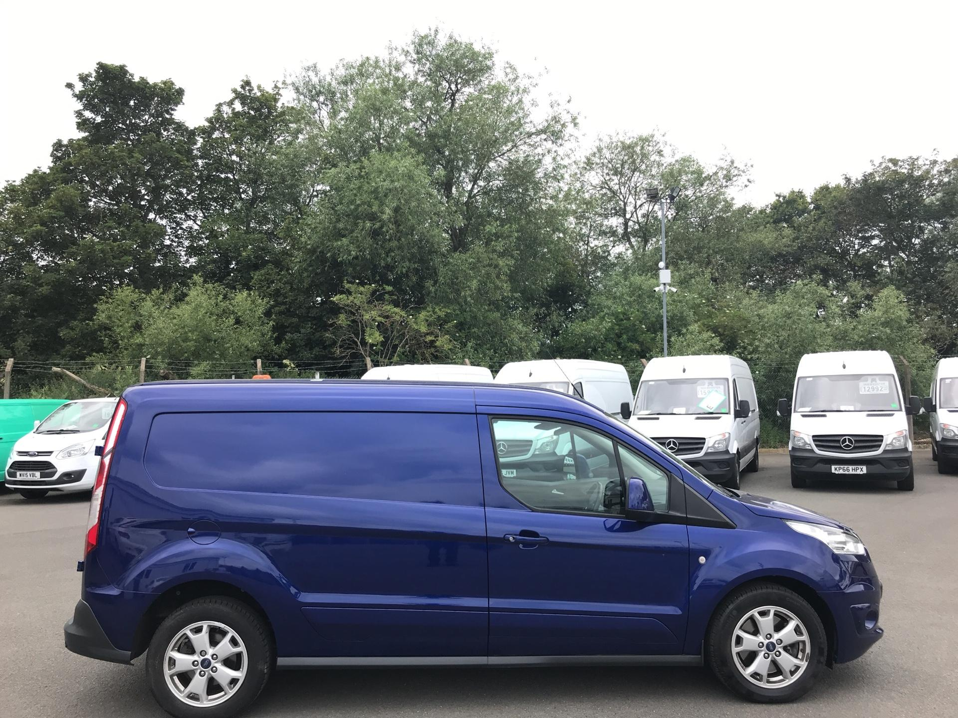 2017 Ford Transit Connect 1.5 TDCI 120PS LIMITED VAN EURO 6 (HF67XAE) Image 2