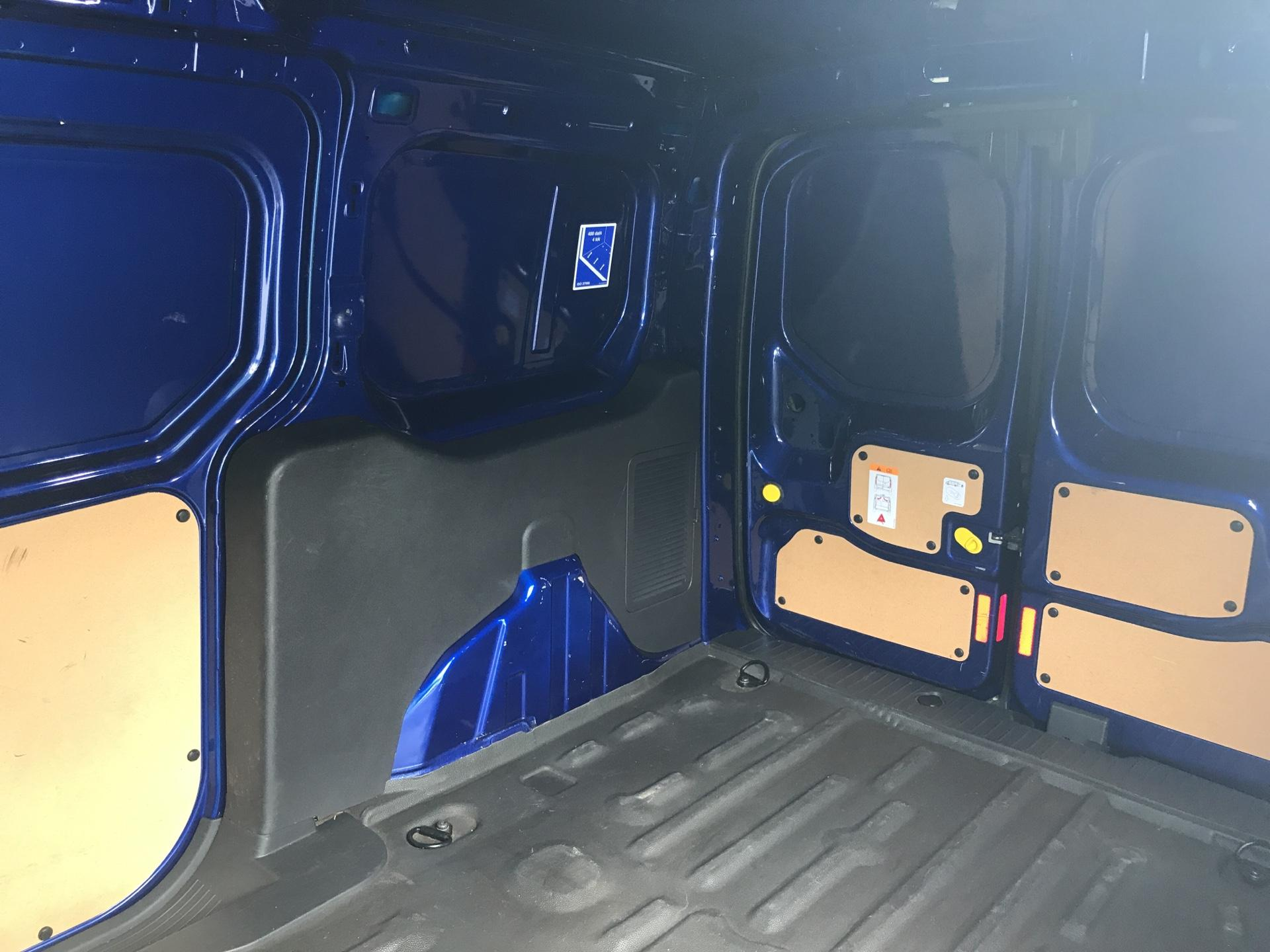 2017 Ford Transit Connect 1.5 TDCI 120PS LIMITED VAN EURO 6 (HF67XAE) Image 18