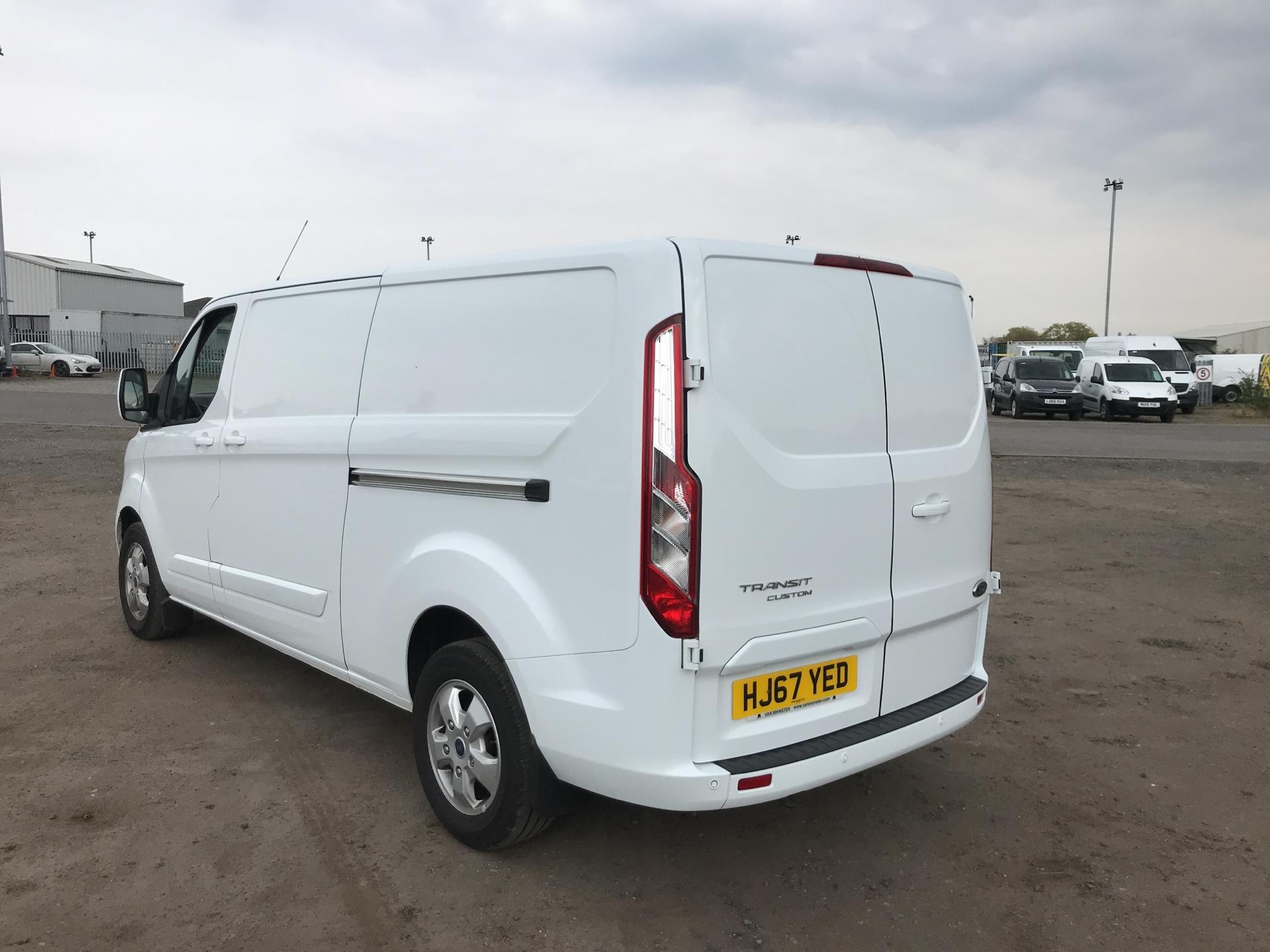 2017 Ford Transit Custom  290 L2 DIESEL FWD 2.0 TDCI 130PS LOW  ROOF LIMITED VAN EURO 6 (HJ67YED) Image 5