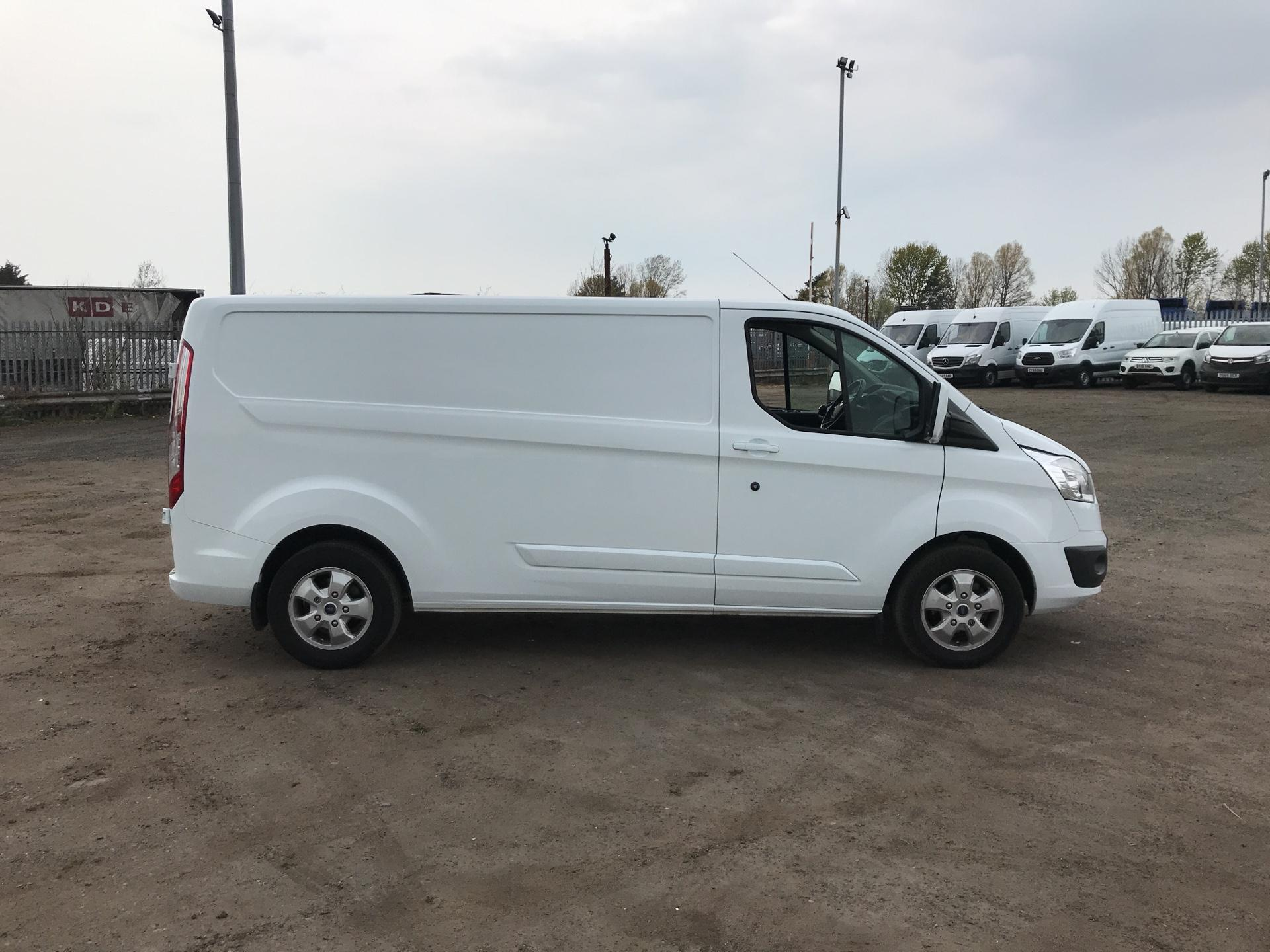 2017 Ford Transit Custom  290 L2 DIESEL FWD 2.0 TDCI 130PS LOW  ROOF LIMITED VAN EURO 6 (HJ67YED) Image 2