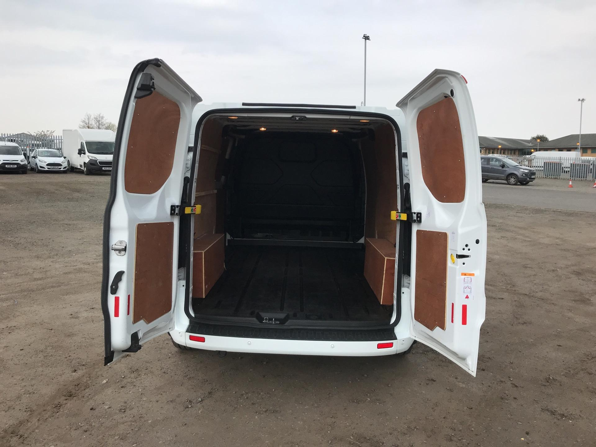 2017 Ford Transit Custom  290 L2 DIESEL FWD 2.0 TDCI 130PS LOW  ROOF LIMITED VAN EURO 6 (HJ67YED) Image 15