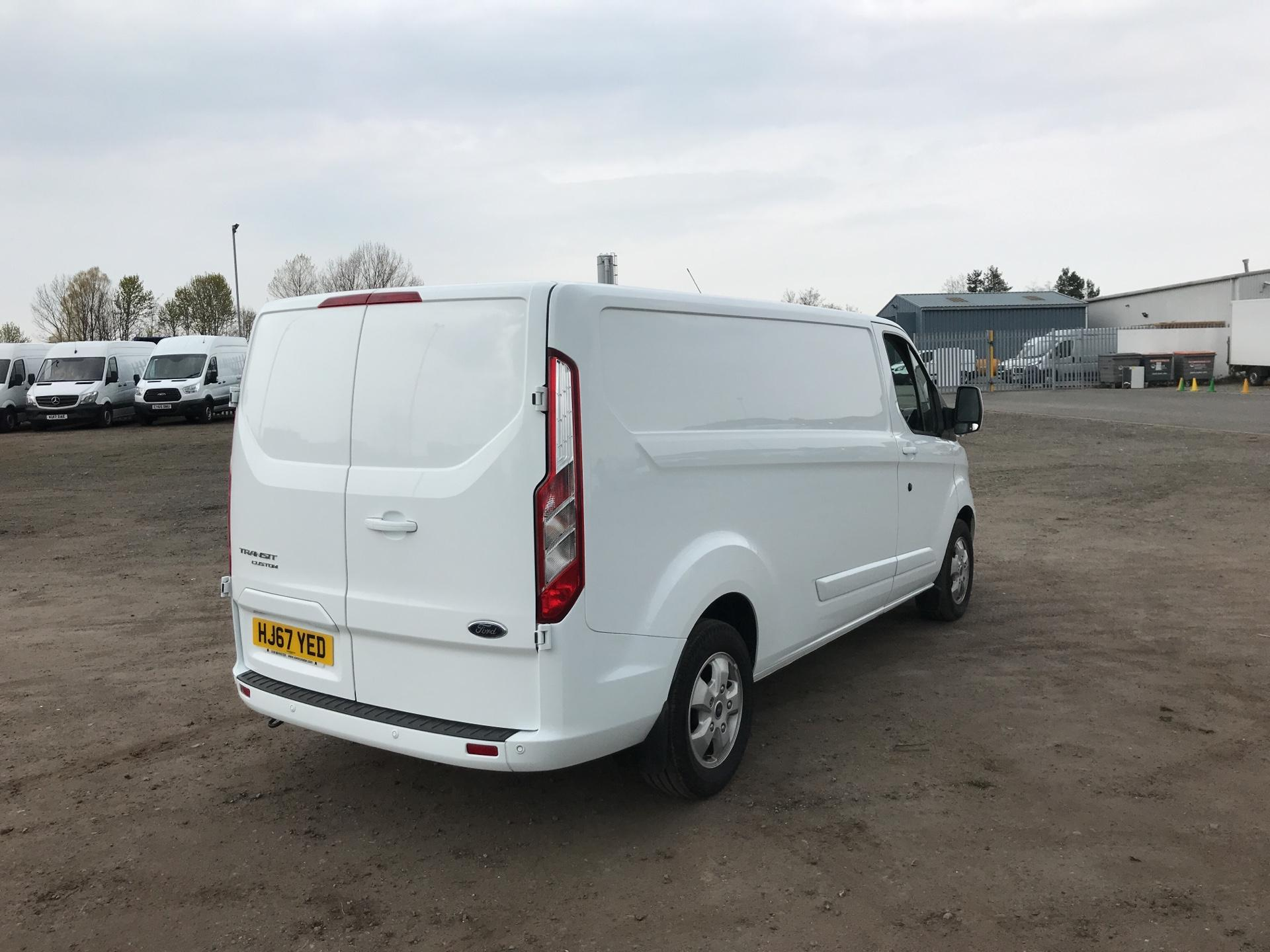 2017 Ford Transit Custom  290 L2 DIESEL FWD 2.0 TDCI 130PS LOW  ROOF LIMITED VAN EURO 6 (HJ67YED) Image 3
