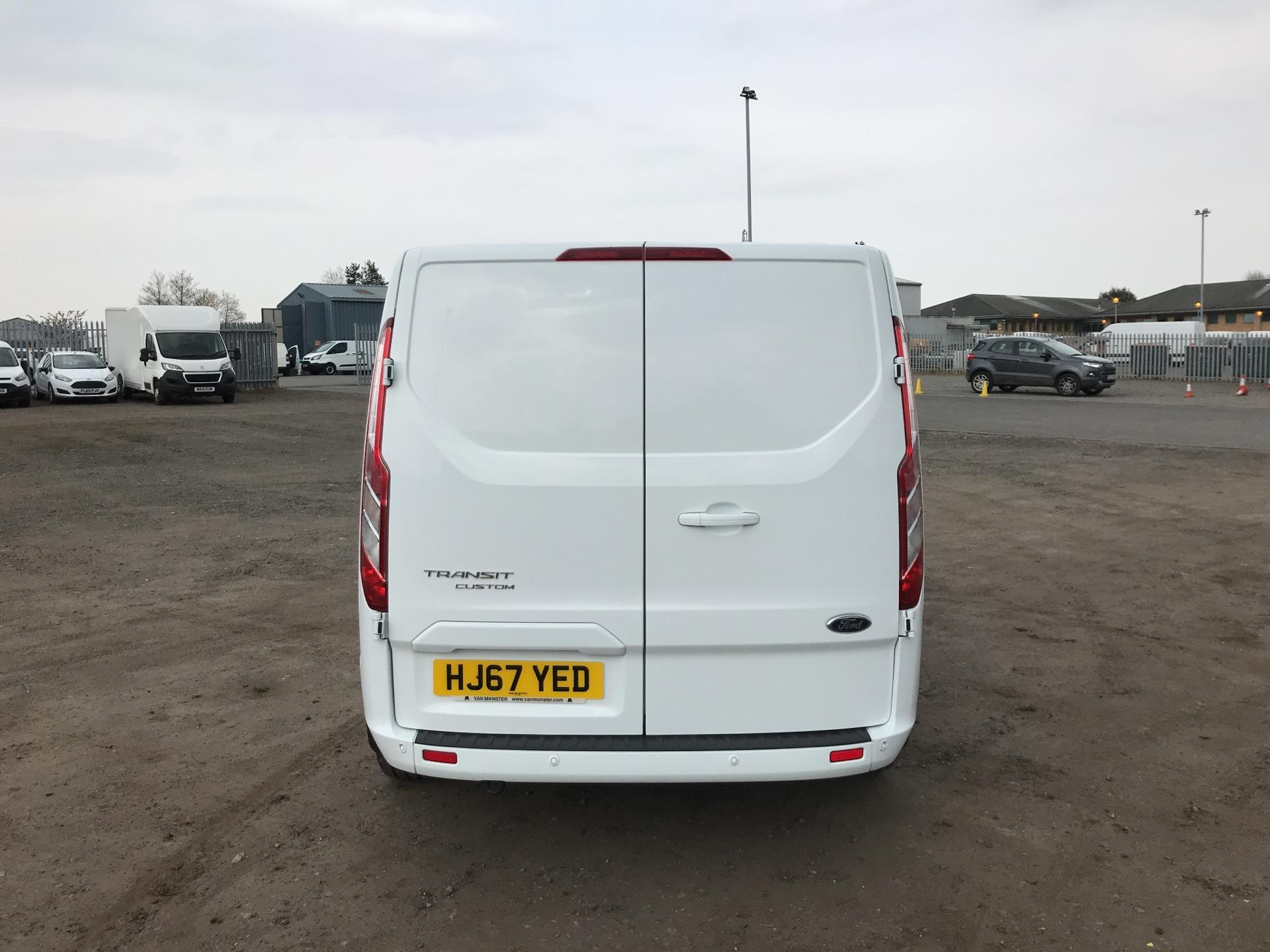 2017 Ford Transit Custom  290 L2 DIESEL FWD 2.0 TDCI 130PS LOW  ROOF LIMITED VAN EURO 6 (HJ67YED) Image 4