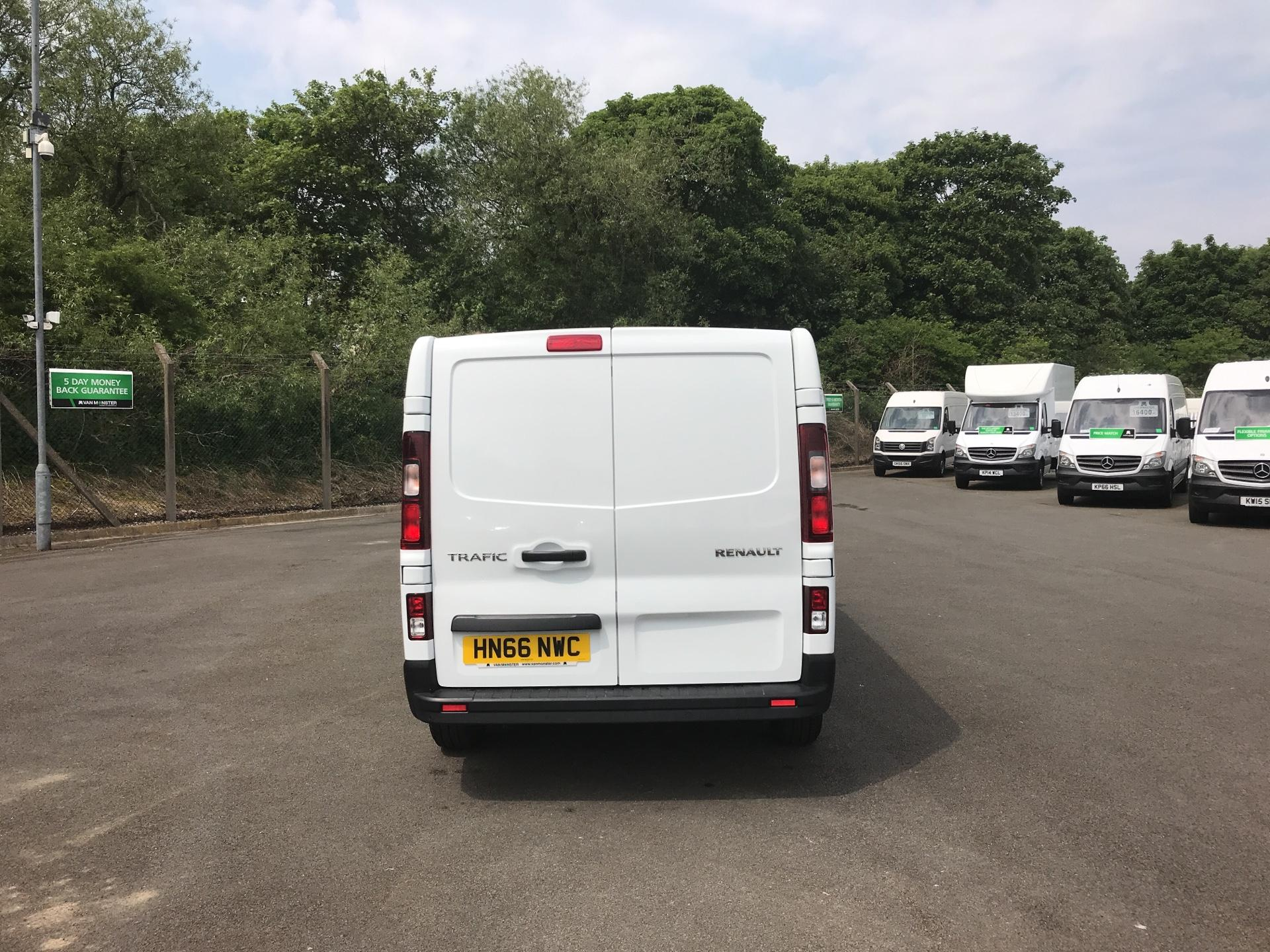 2016 Renault Trafic Ll29 Dci 120 Business+ Van EURO 5 (HN66NWC) Image 4