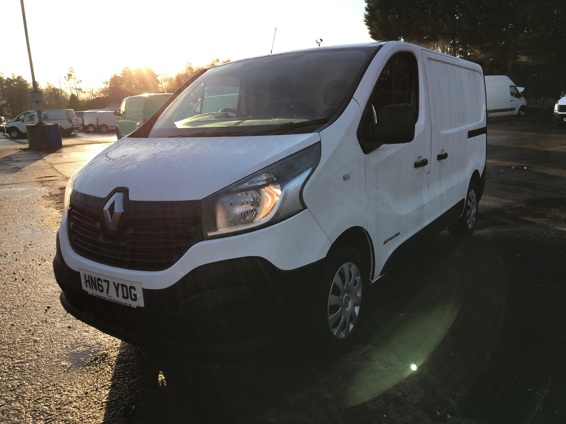 2017 Renault Trafic SL27 ENERGY DCI 125PS BUSINESS VAN EURO 6 (HN67YDG) Thumbnail 7