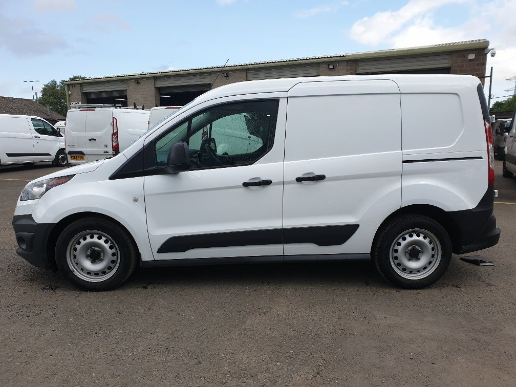 2016 Ford Transit Connect 200 L1 Diesel 1.5 TDCi 75PS Van EURO 6 (HS16FTC) Image 4