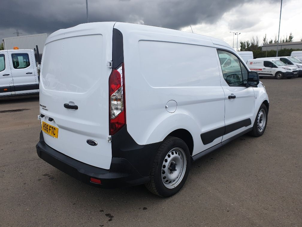 2016 Ford Transit Connect 200 L1 Diesel 1.5 TDCi 75PS Van EURO 6 (HS16FTC) Image 13