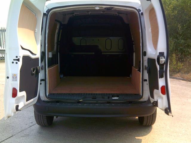 2015 Renault Kangoo Ml19dci 75 Business Van EURO 5 (HT65AHX) Image 8