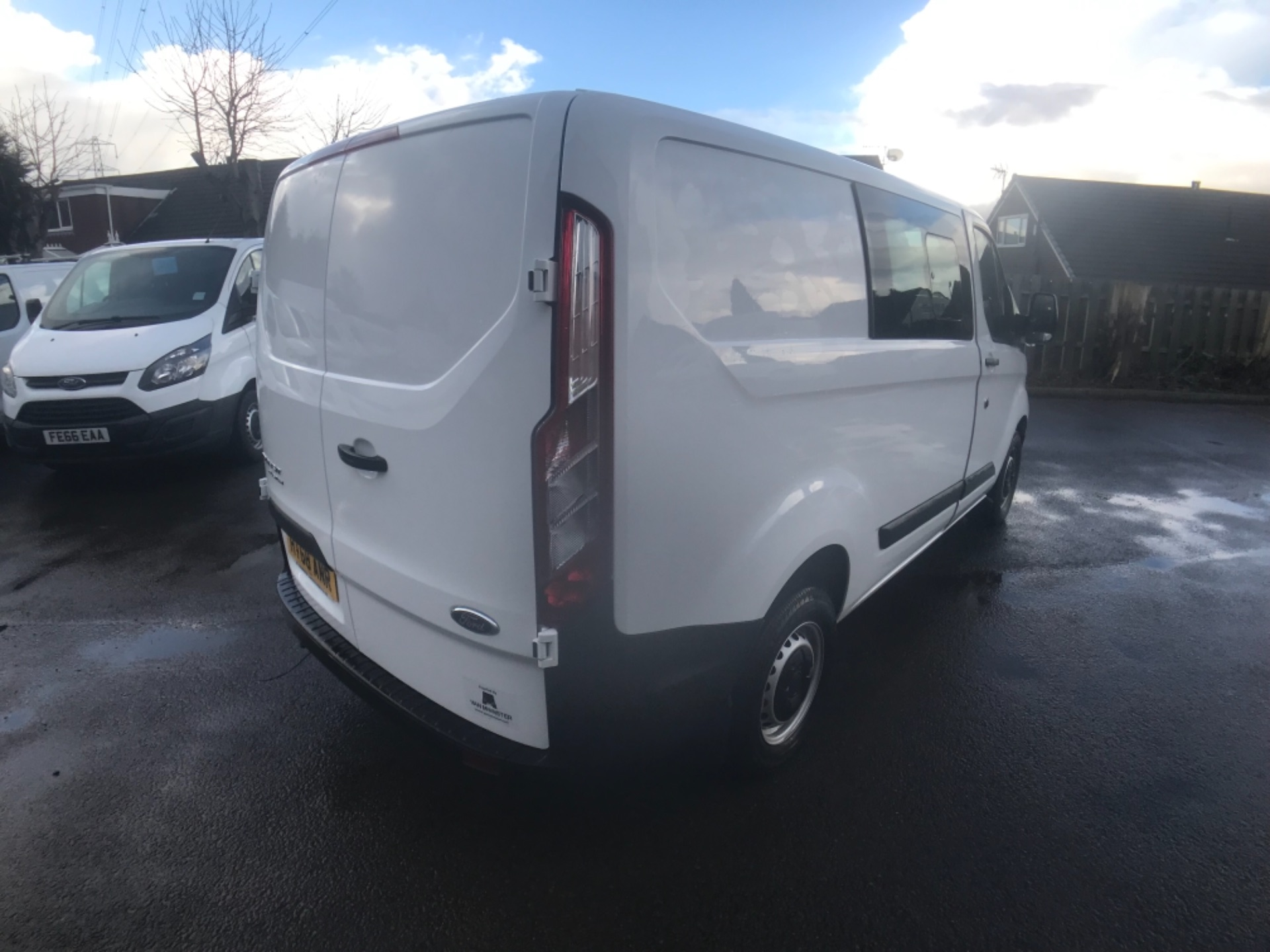 2018 Ford Transit Custom 300 2.0 Tdci 105Ps Low Roof D/Cab Van EURO 6 (HT68ANR) Image 7