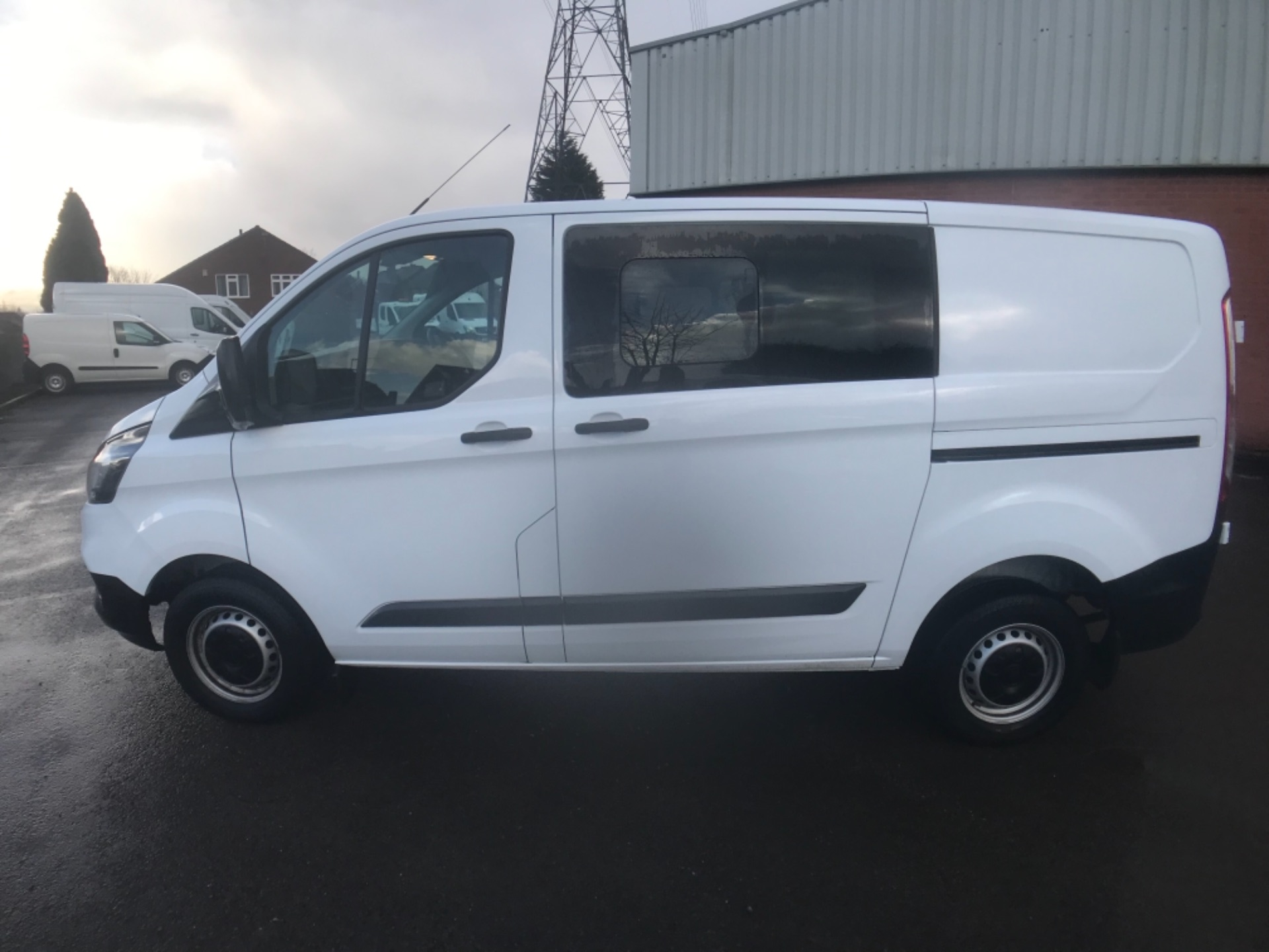 2018 Ford Transit Custom 300 2.0 Tdci 105Ps Low Roof D/Cab Van EURO 6 (HT68ANR) Image 4