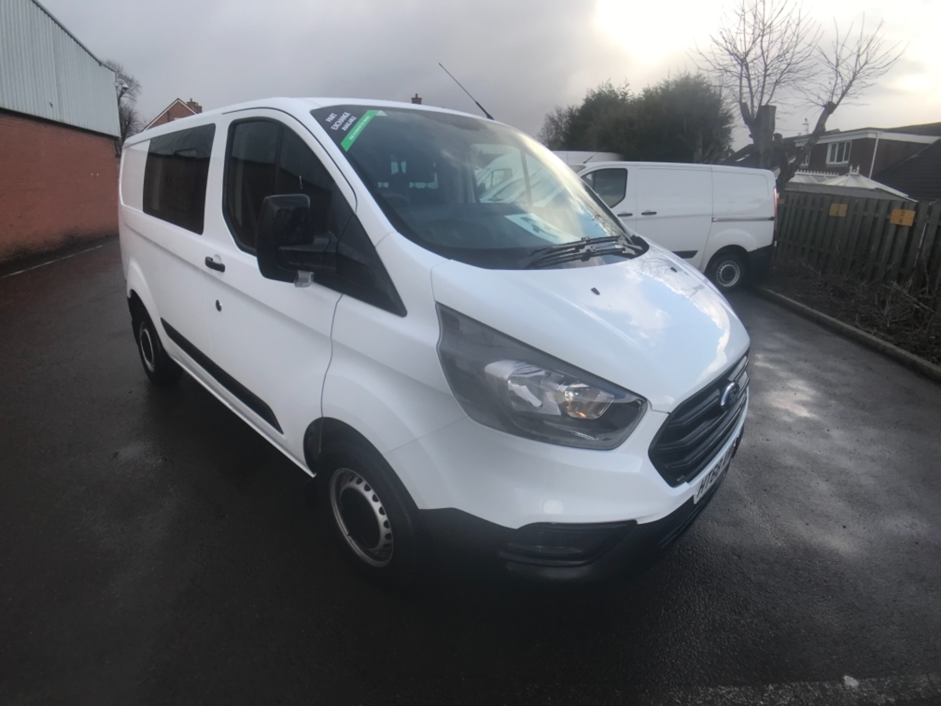 2018 Ford Transit Custom 300 2.0 Tdci 105Ps Low Roof D/Cab Van EURO 6 (HT68ANR) Image 1