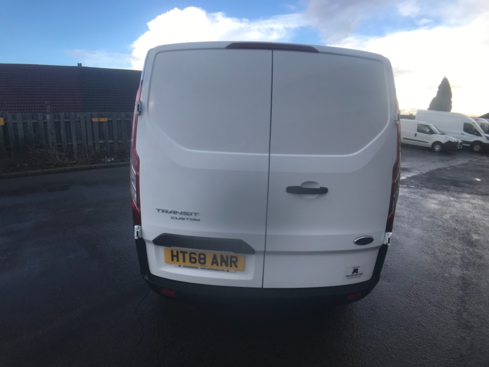 2018 Ford Transit Custom 300 2.0 Tdci 105Ps Low Roof D/Cab Van EURO 6 (HT68ANR) Image 6