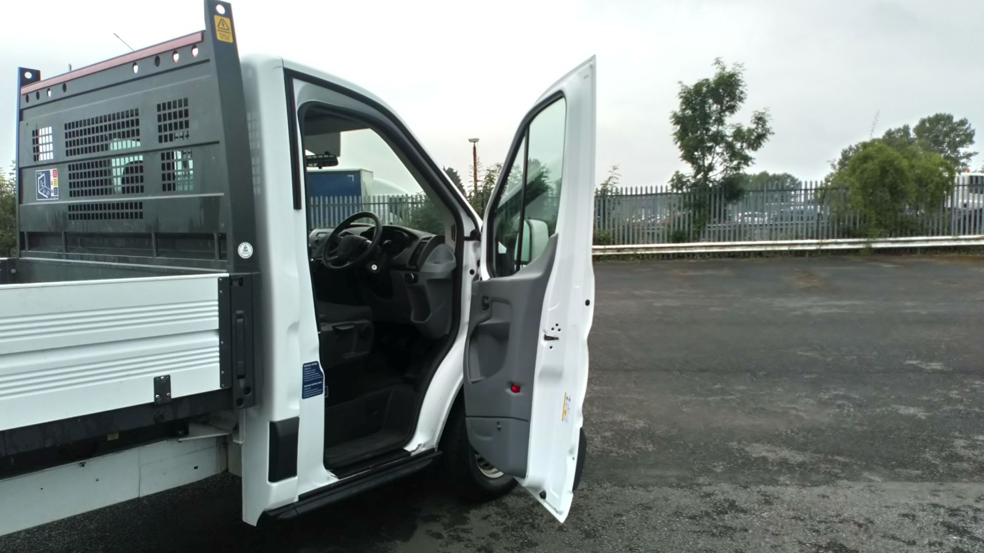 2017 Ford Transit 2.0 Tdci One Stop Tipper 1 Way (HV67HHP) Image 14