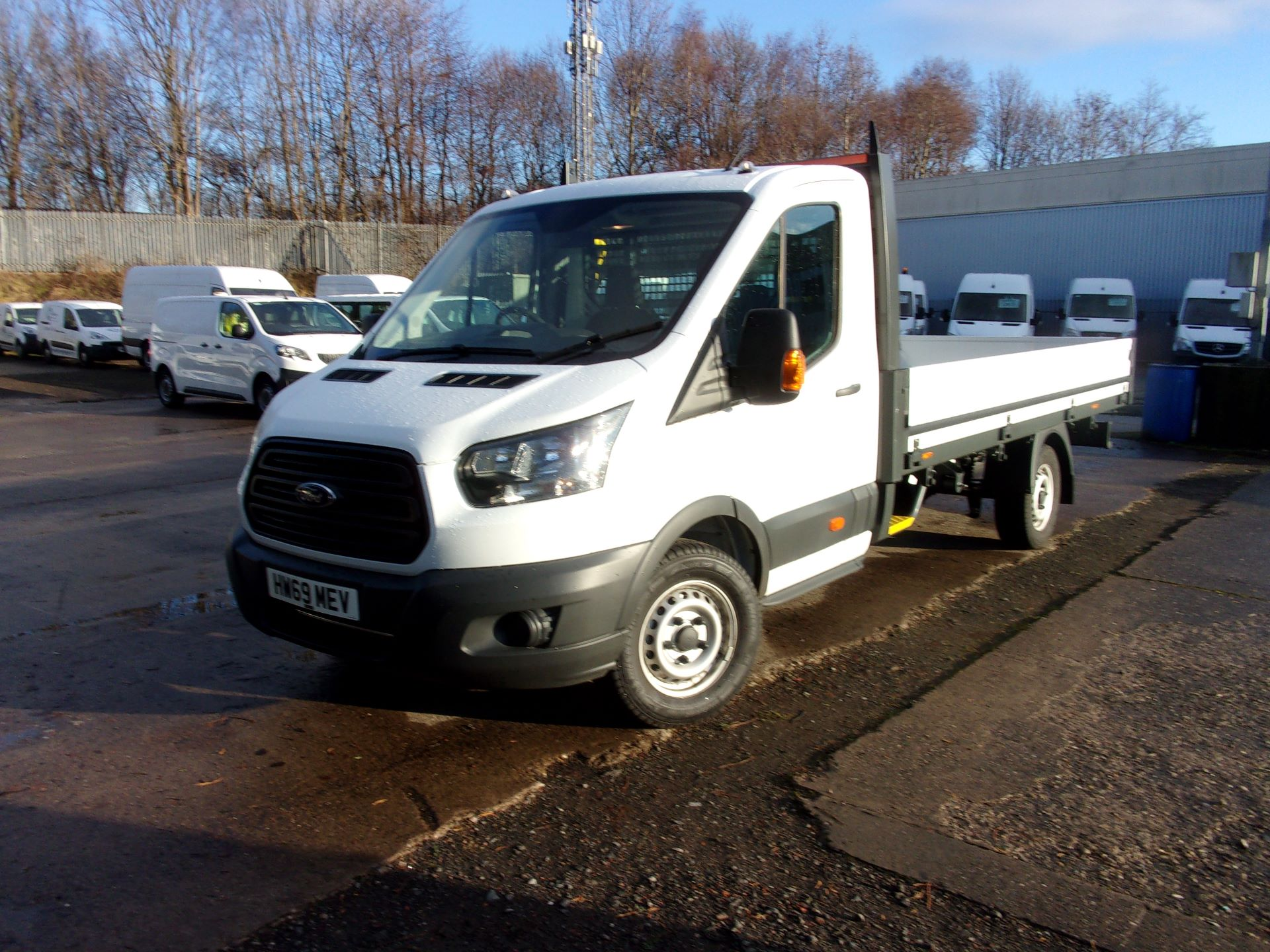 2019 Ford Transit 350 L4 DIESEL FWD 2.0 TDCI 130PS DROPSIDE EURO 6 (HW69MEV) Thumbnail 14