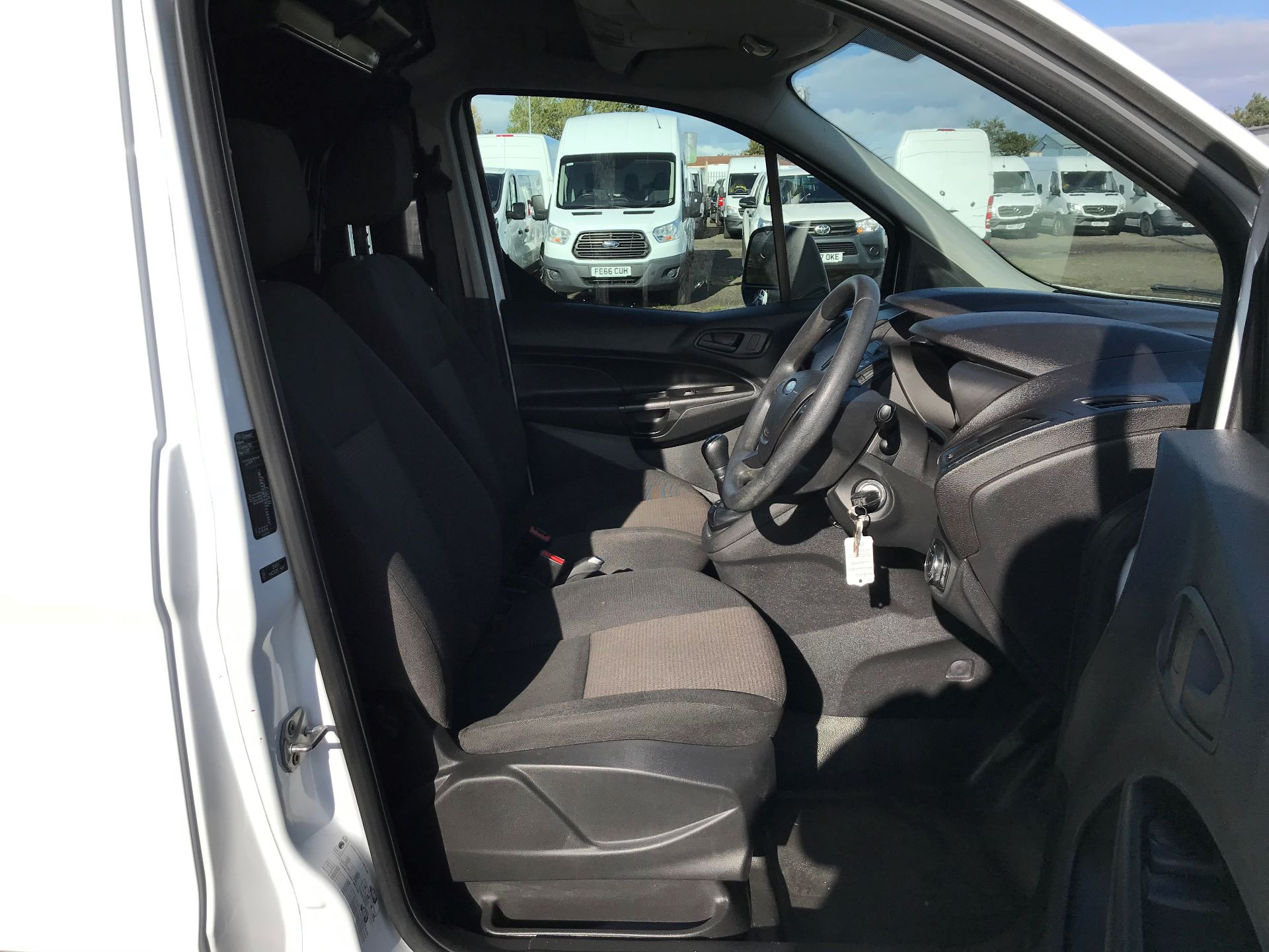2015 Ford Transit Connect 1.6 Tdci 75Ps Van (HY65FDU) Image 11