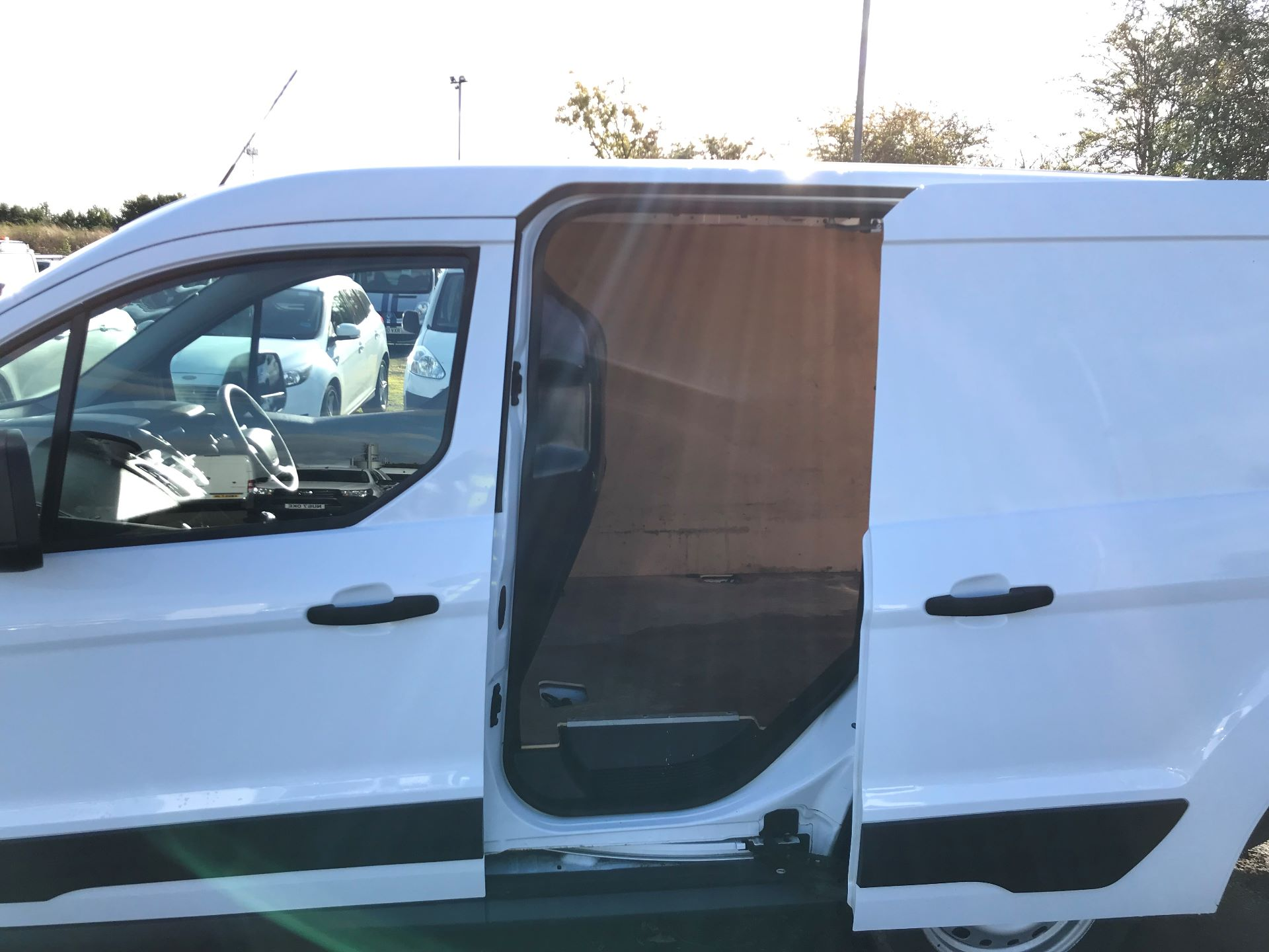 2015 Ford Transit Connect 1.6 Tdci 75Ps Van (HY65FDU) Image 17