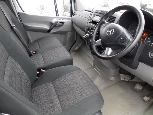 2015 Mercedes-Benz Sprinter 313 CDI MWB 3.5T High Roof EURO 5 (KJ15OJZ) Image 7