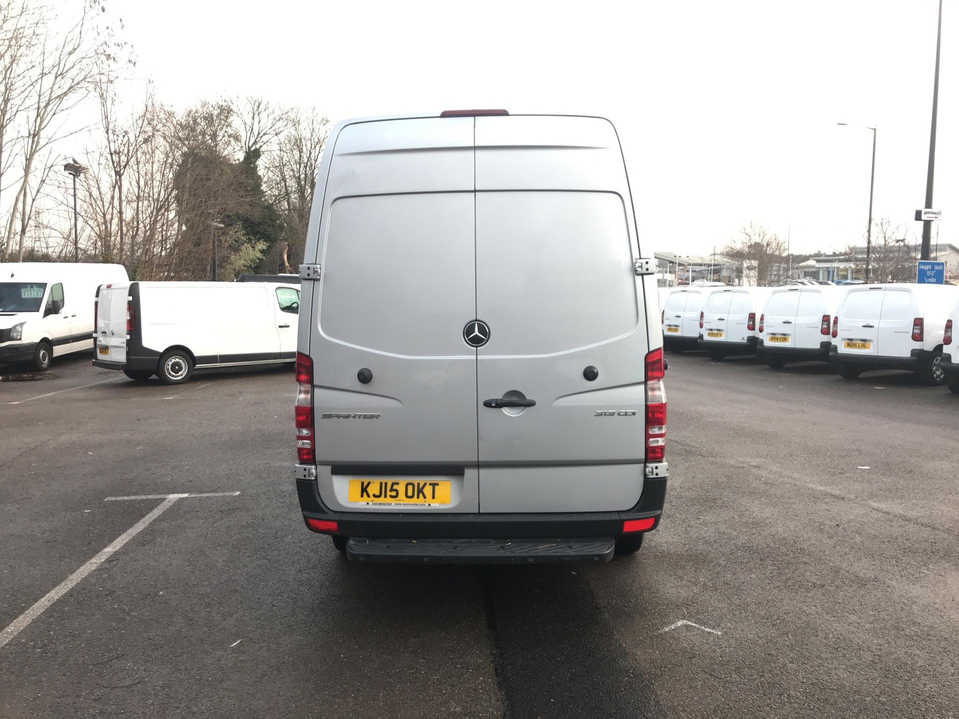 2015 Mercedes-Benz Sprinter  313 MWB H/R BLUE EFFICIENCY EURO 5 (KJ15OKT) Image 4