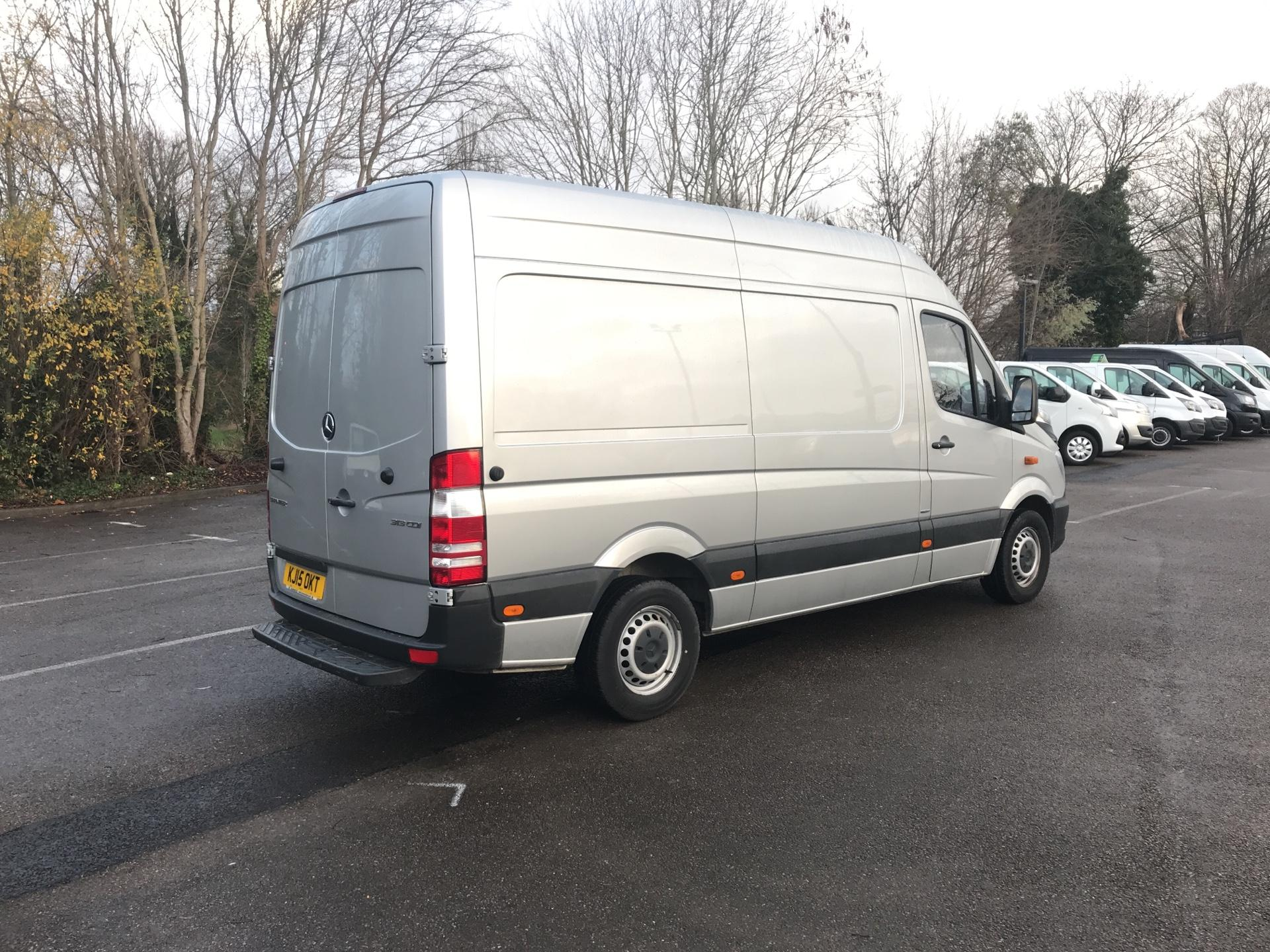 2015 Mercedes-Benz Sprinter  313 MWB H/R BLUE EFFICIENCY EURO 5 (KJ15OKT) Image 3